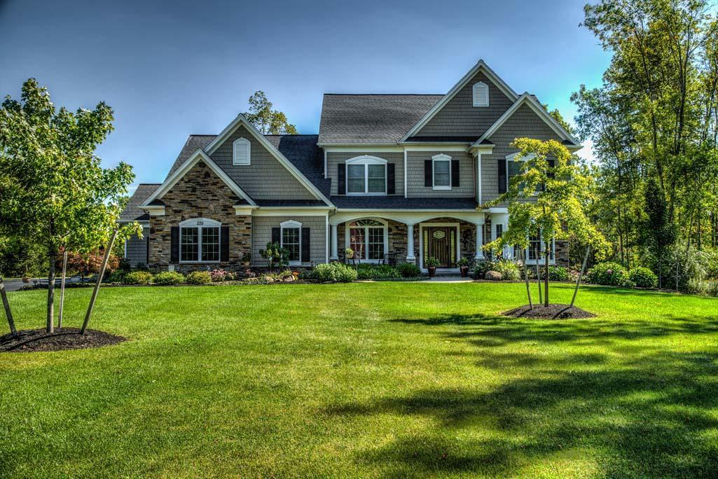 HUNT Real Estate ERA image 3