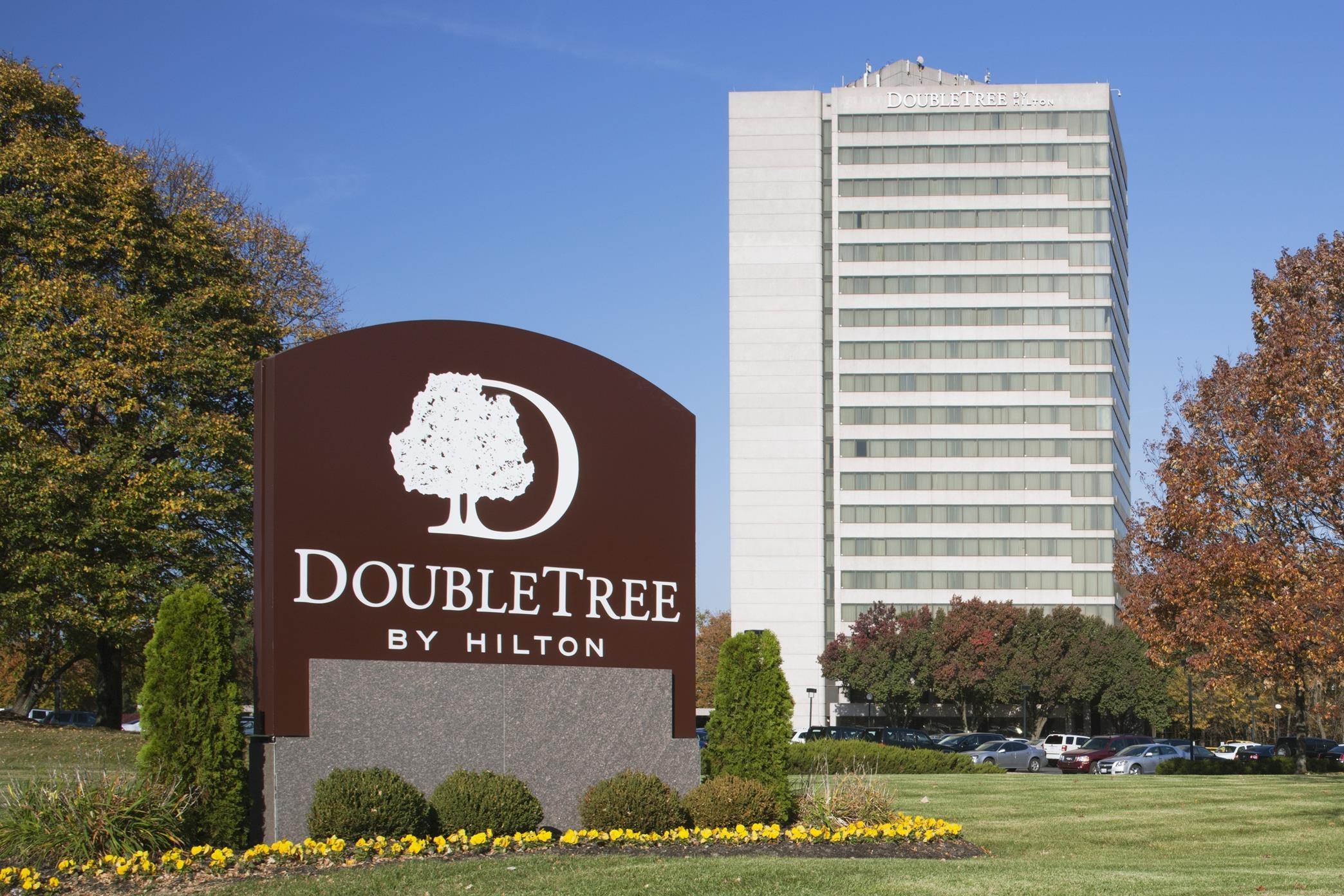 Doubletree By Hilton Hotel Kansas City Overland Park 10100 College Boulevard Overland Park