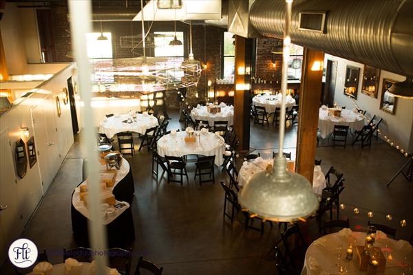 SqWires Restaurant & Annex image 5