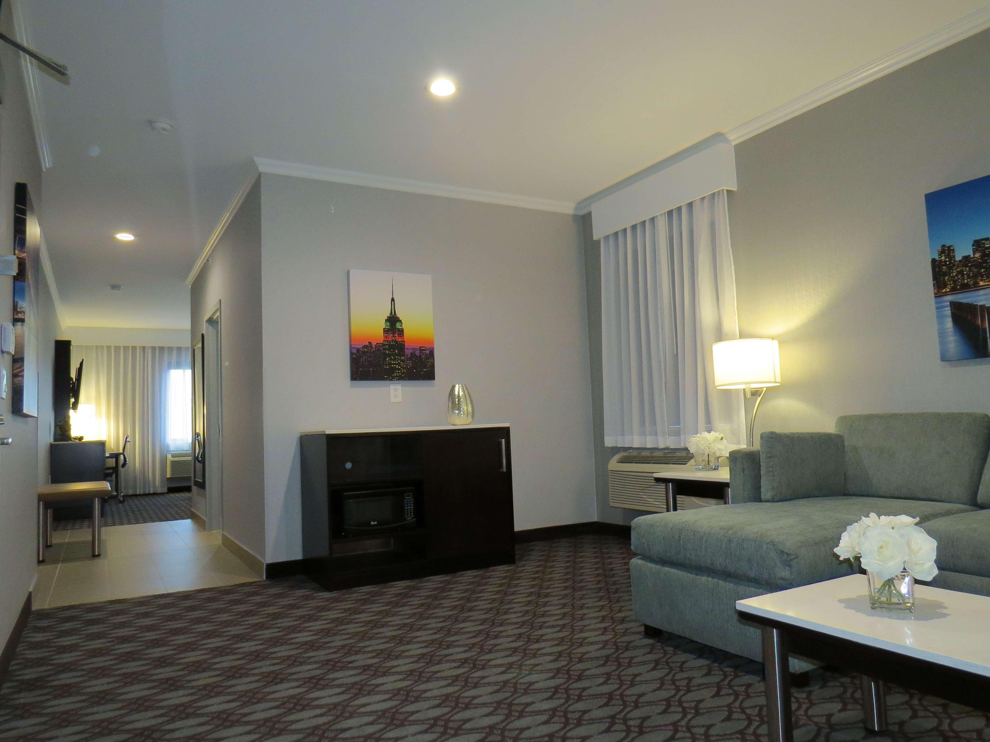 Best Western Premier NYC Gateway Hotel image 16
