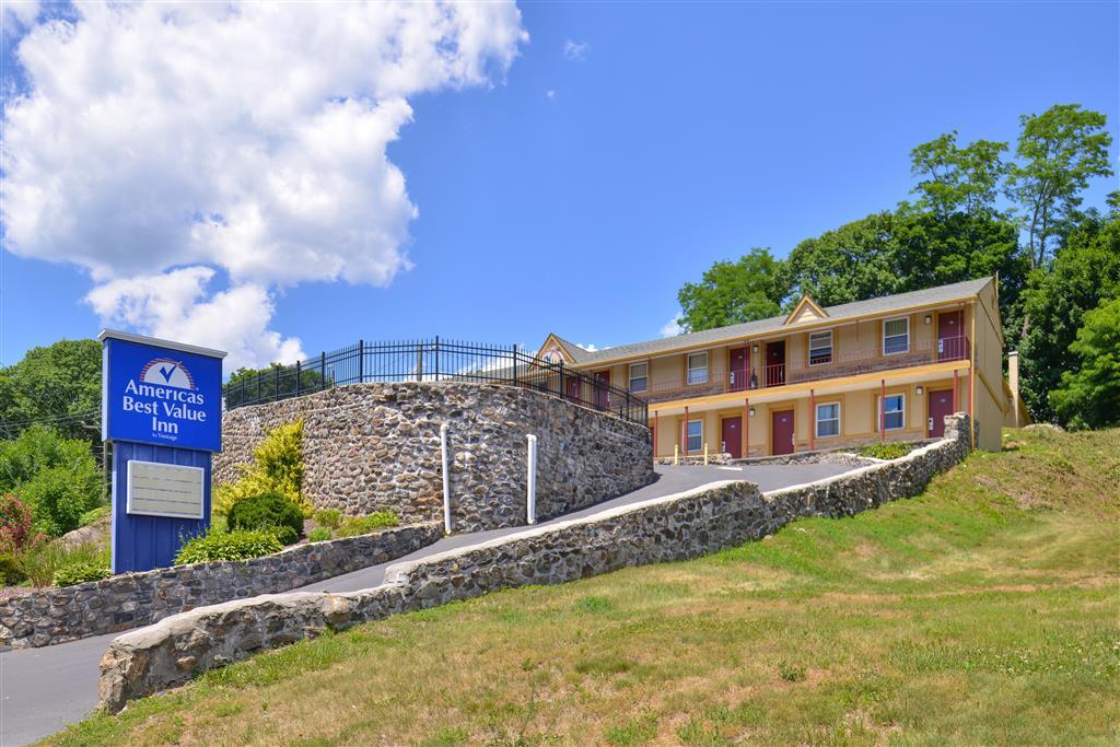 Americas Best Value Inn - Danbury image 0
