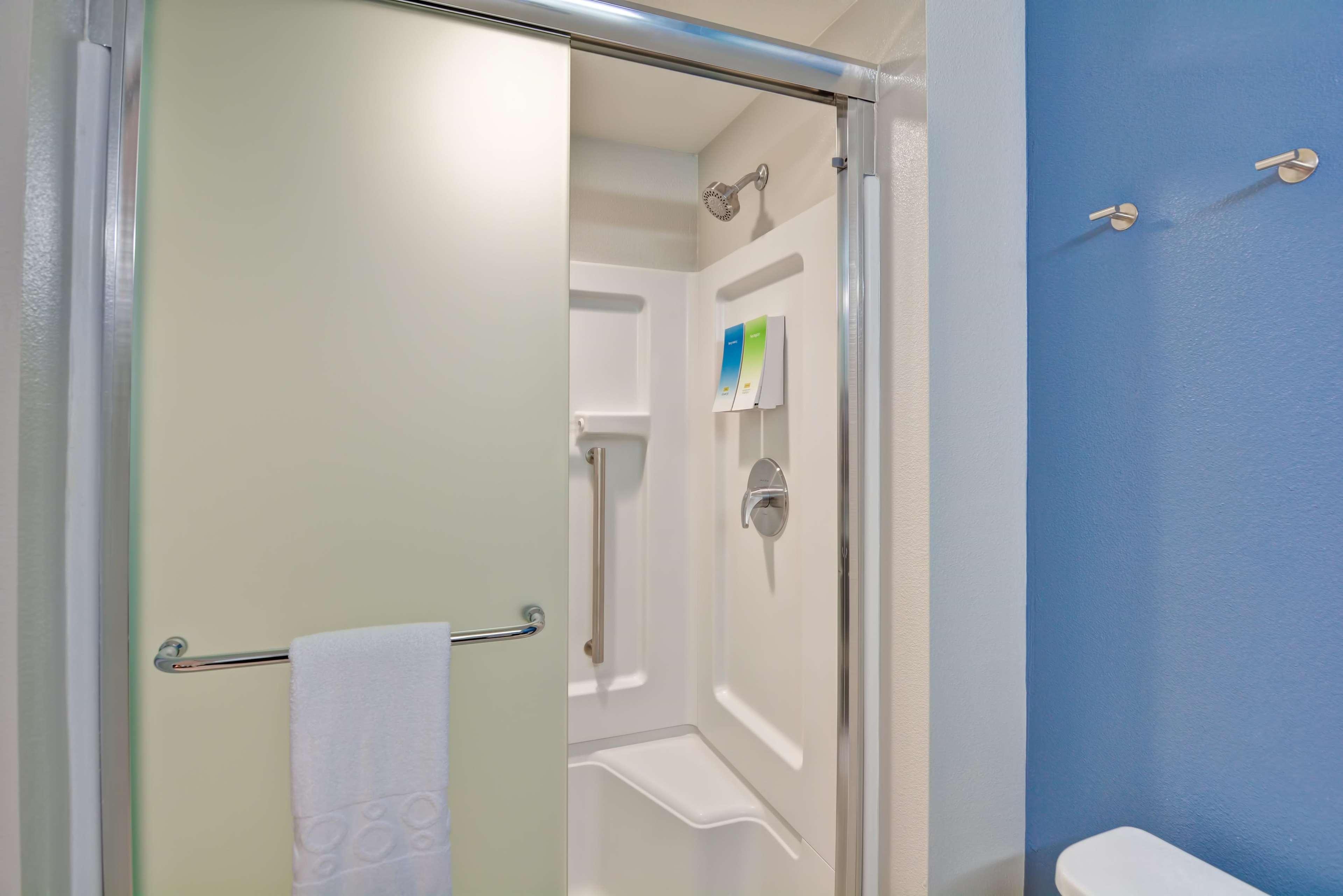 Home2 Suites by Hilton Azusa image 27