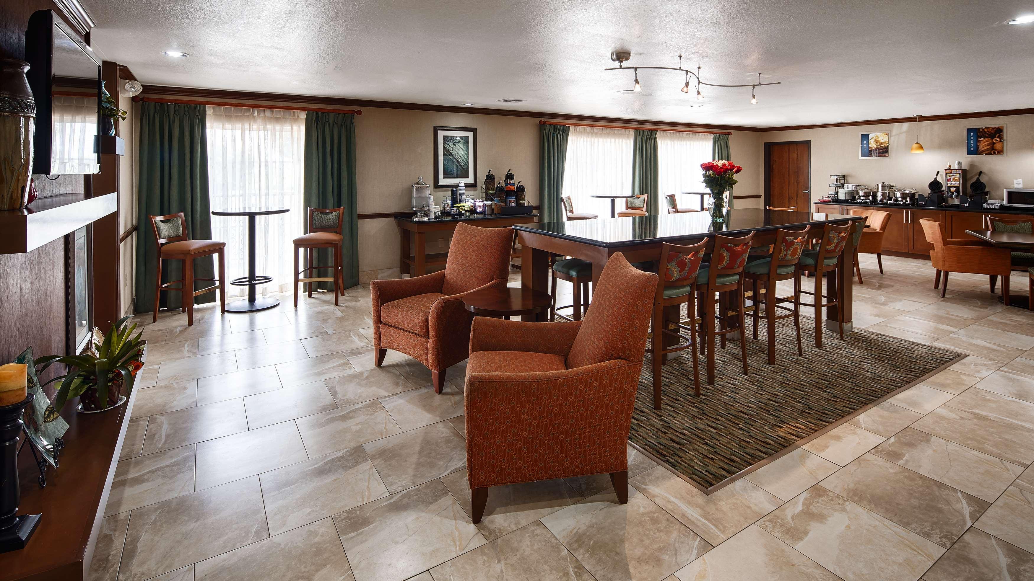 Best Western Plus Atrium Inn image 3