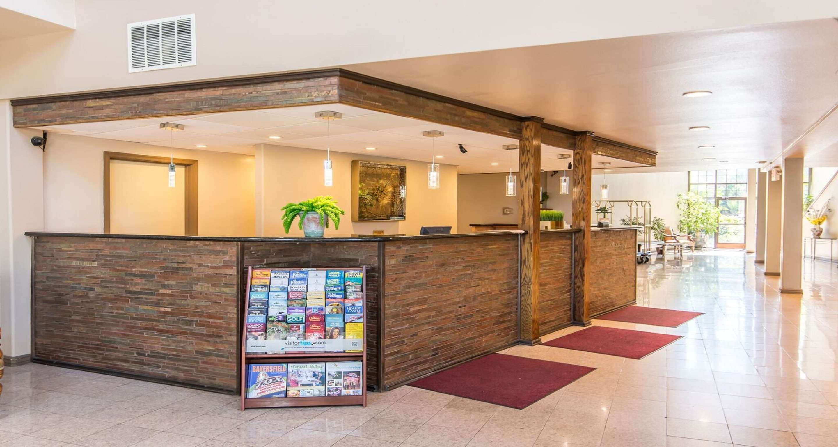 SureStay Plus Hotel by Best Western Bakersfield North image 2