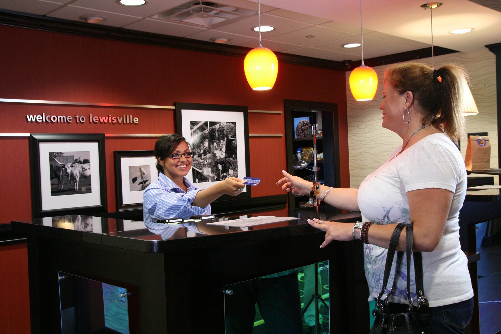 Hampton Inn & Suites Dallas/Lewisville-Vista Ridge Mall, TX image 4