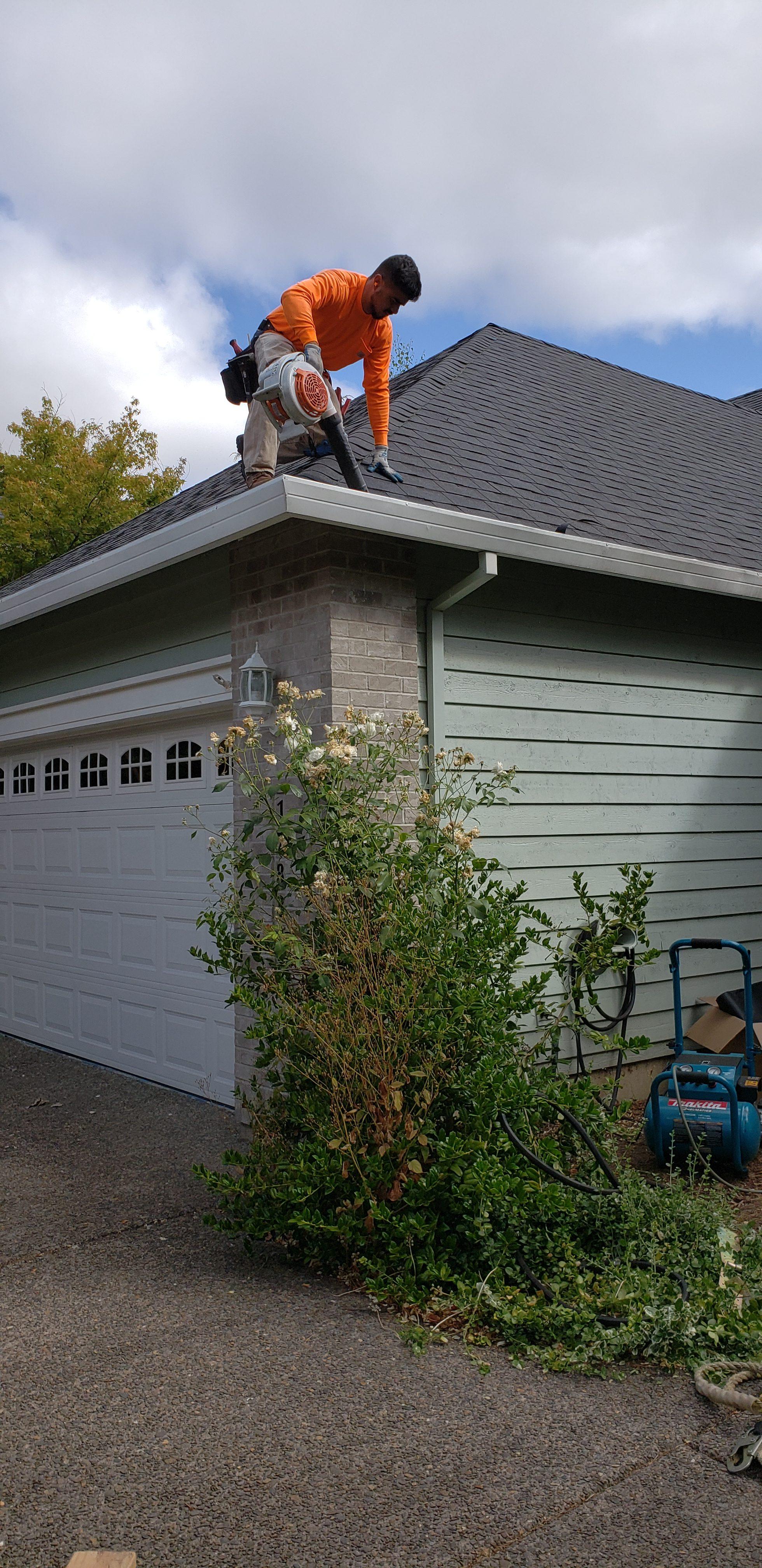 Tonys Roofing LLC image 2