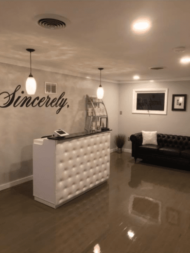 Sincere Salon and Lounge image 1