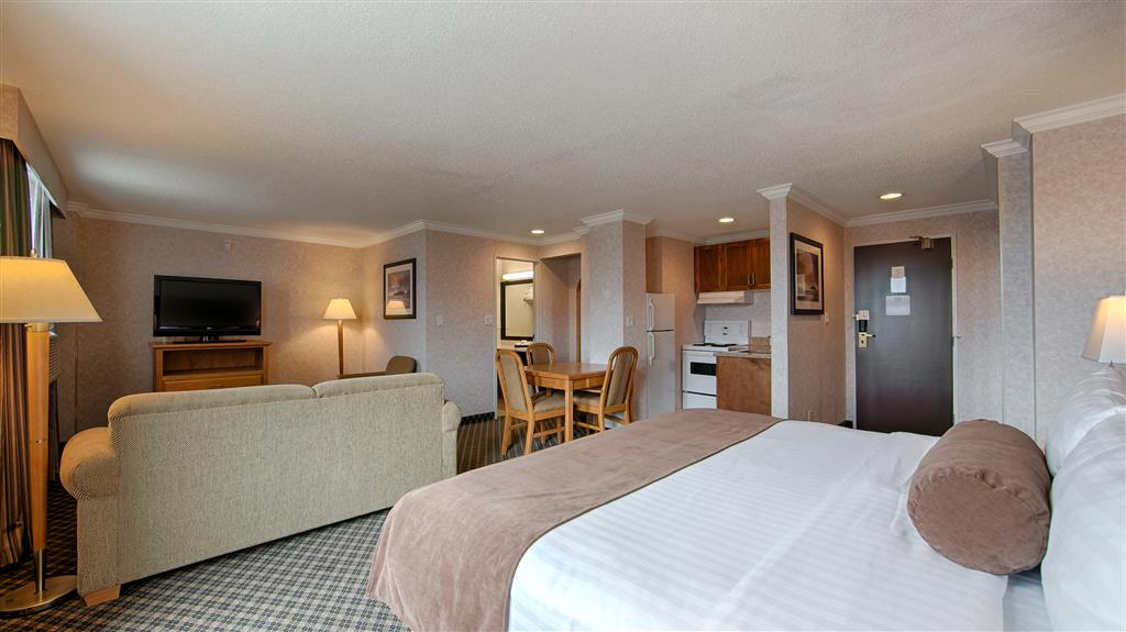 Best Western Plus Carlton Plaza Hotel in Victoria: Studio King Room