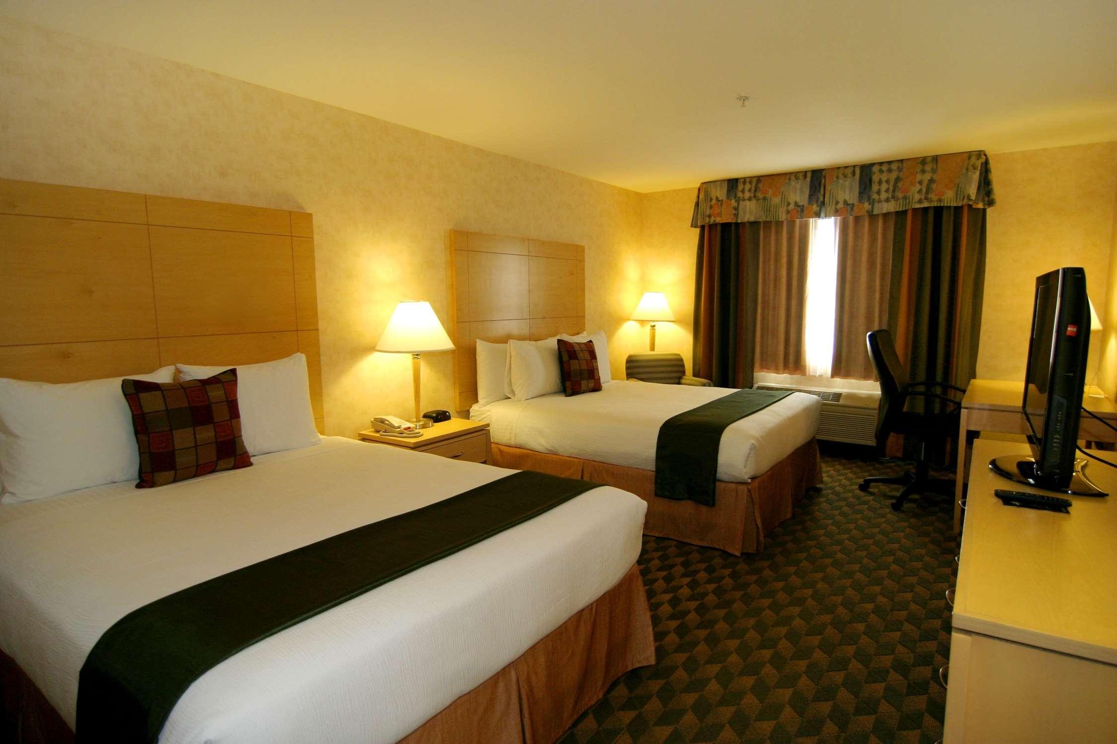 Best Western Plus North Las Vegas Inn & Suites image 10