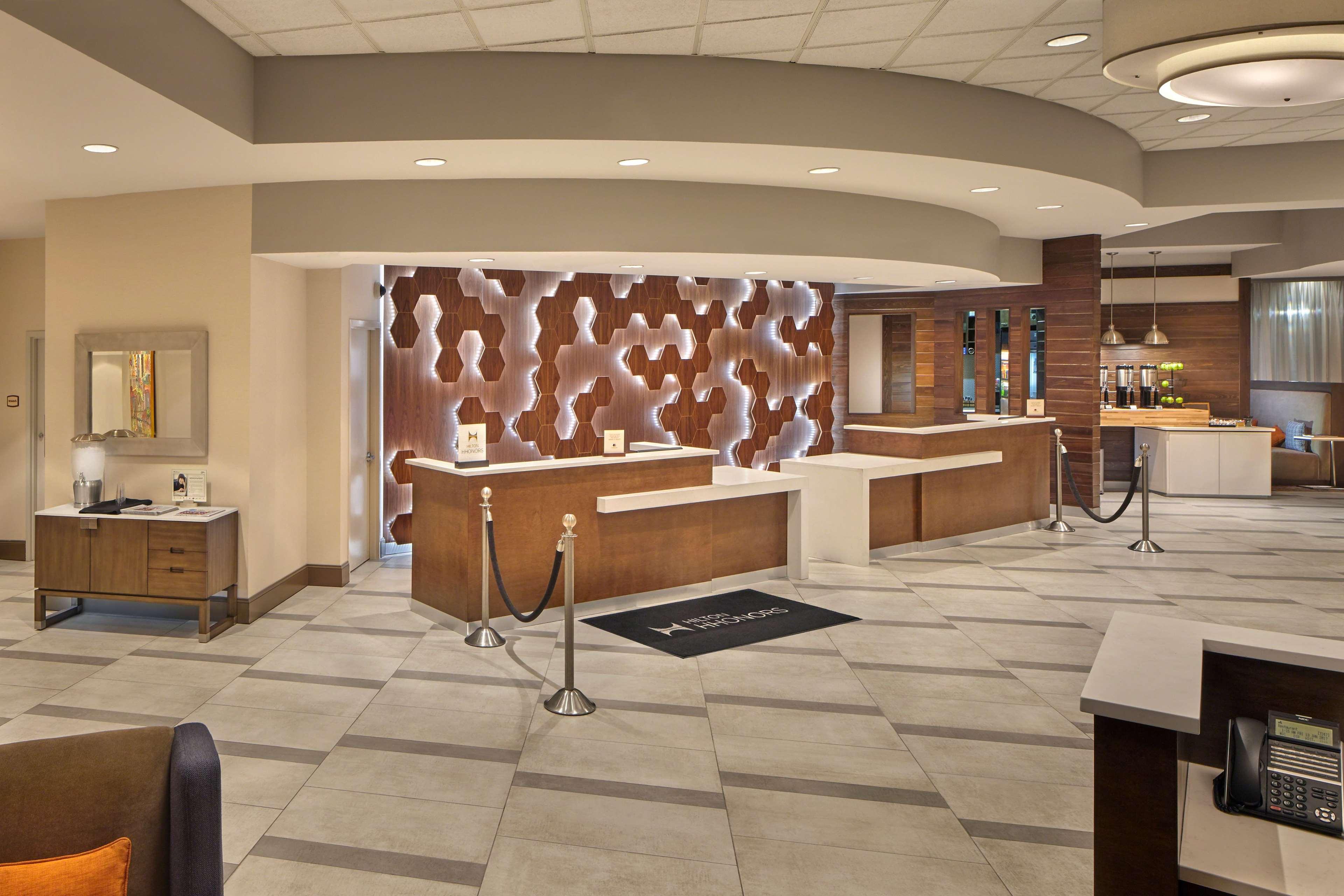DoubleTree by Hilton Hotel Little Rock image 5