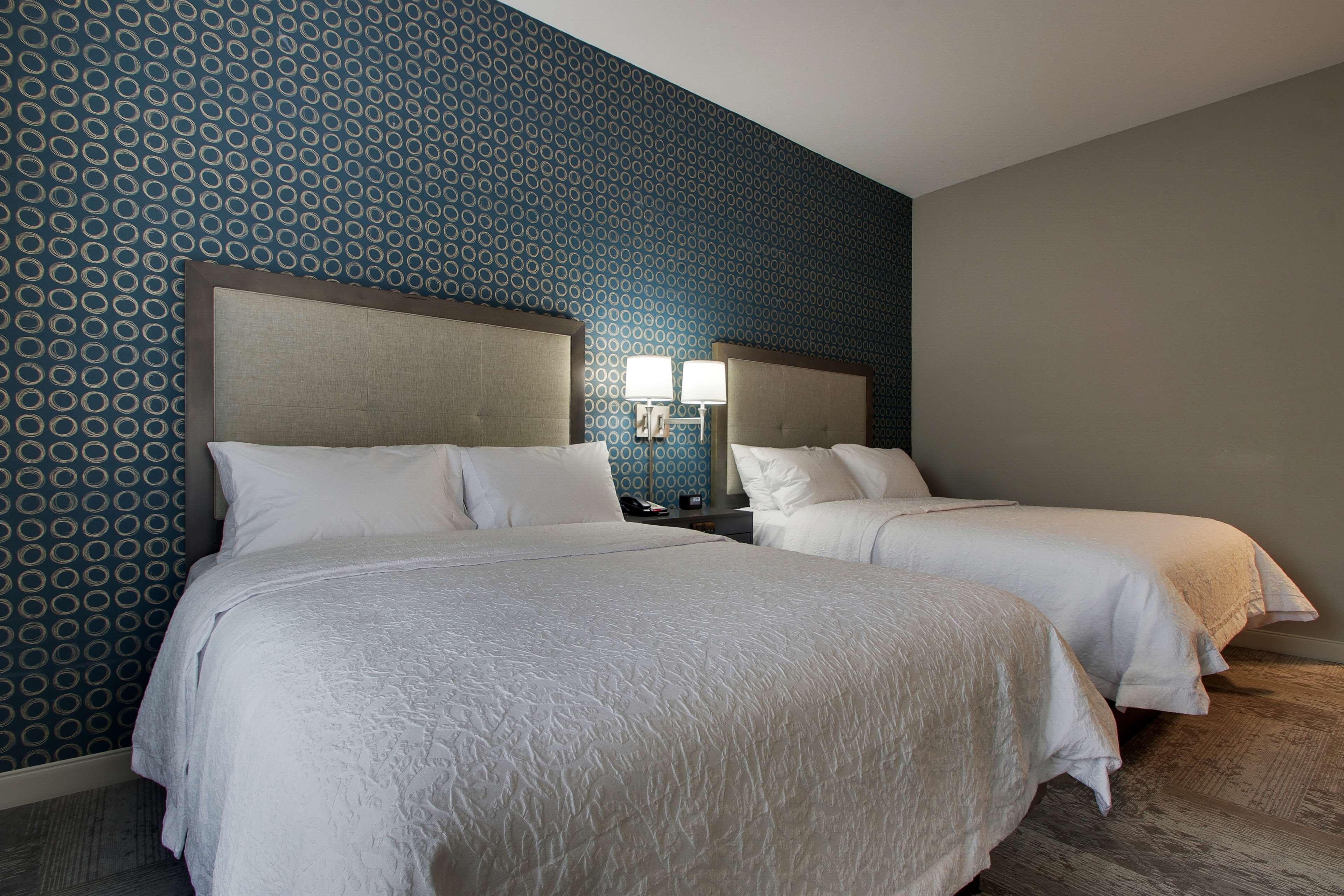 Hampton Inn & Suites Knightdale Raleigh image 15