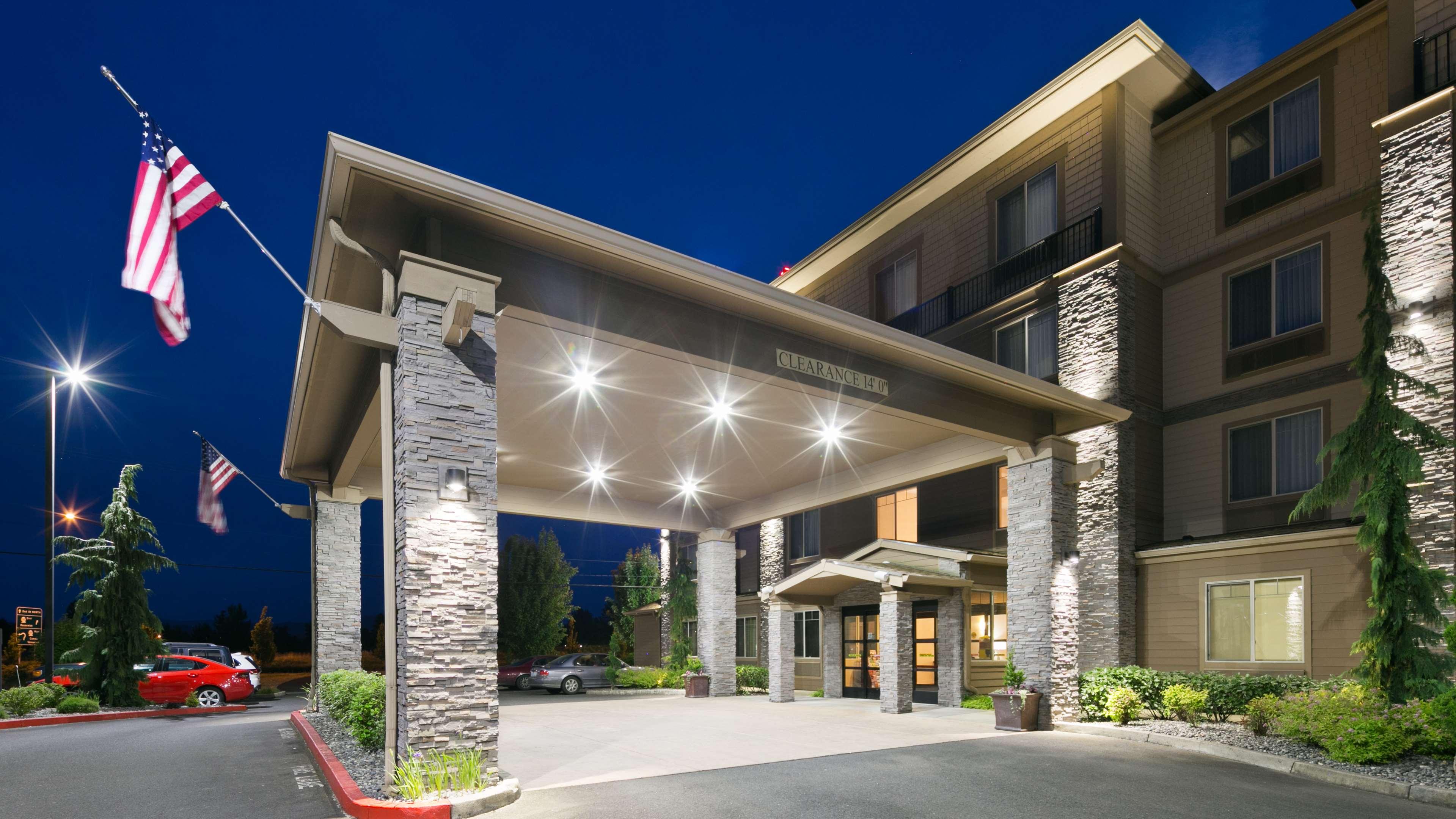Best Western Plus Parkersville Inn & Suites image 2