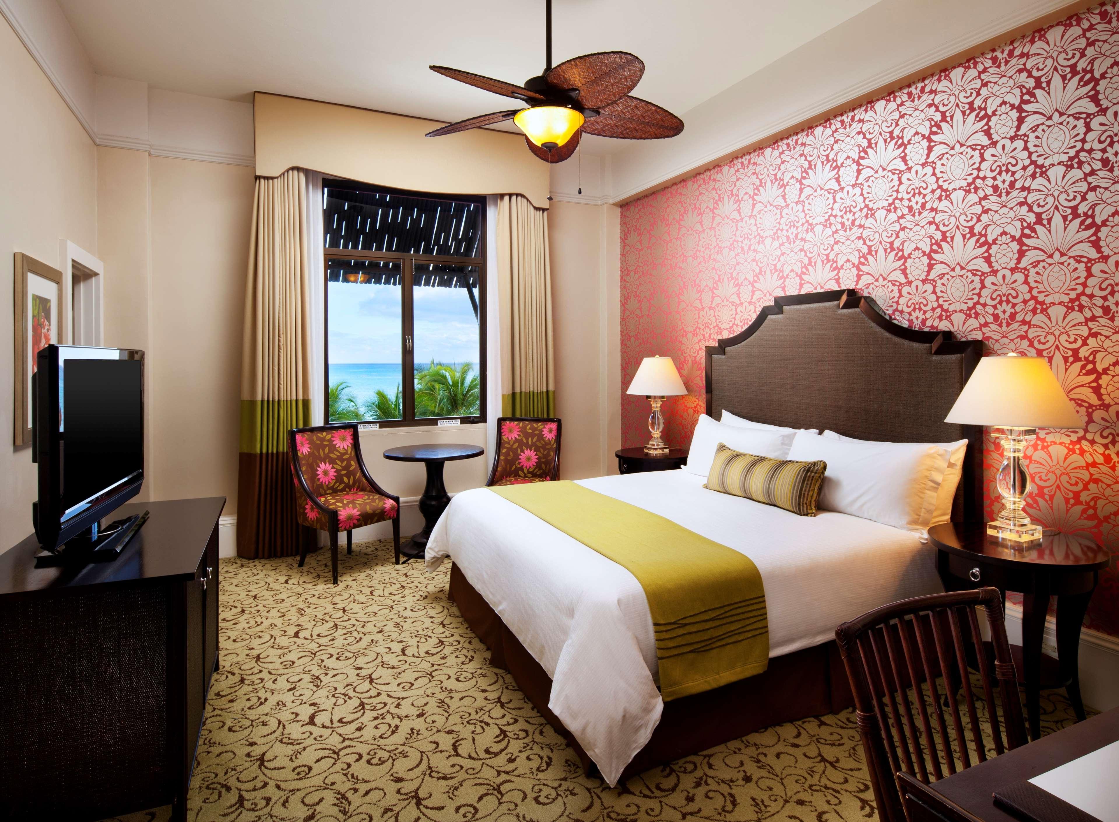 The Royal Hawaiian, a Luxury Collection Resort, Waikiki image 10