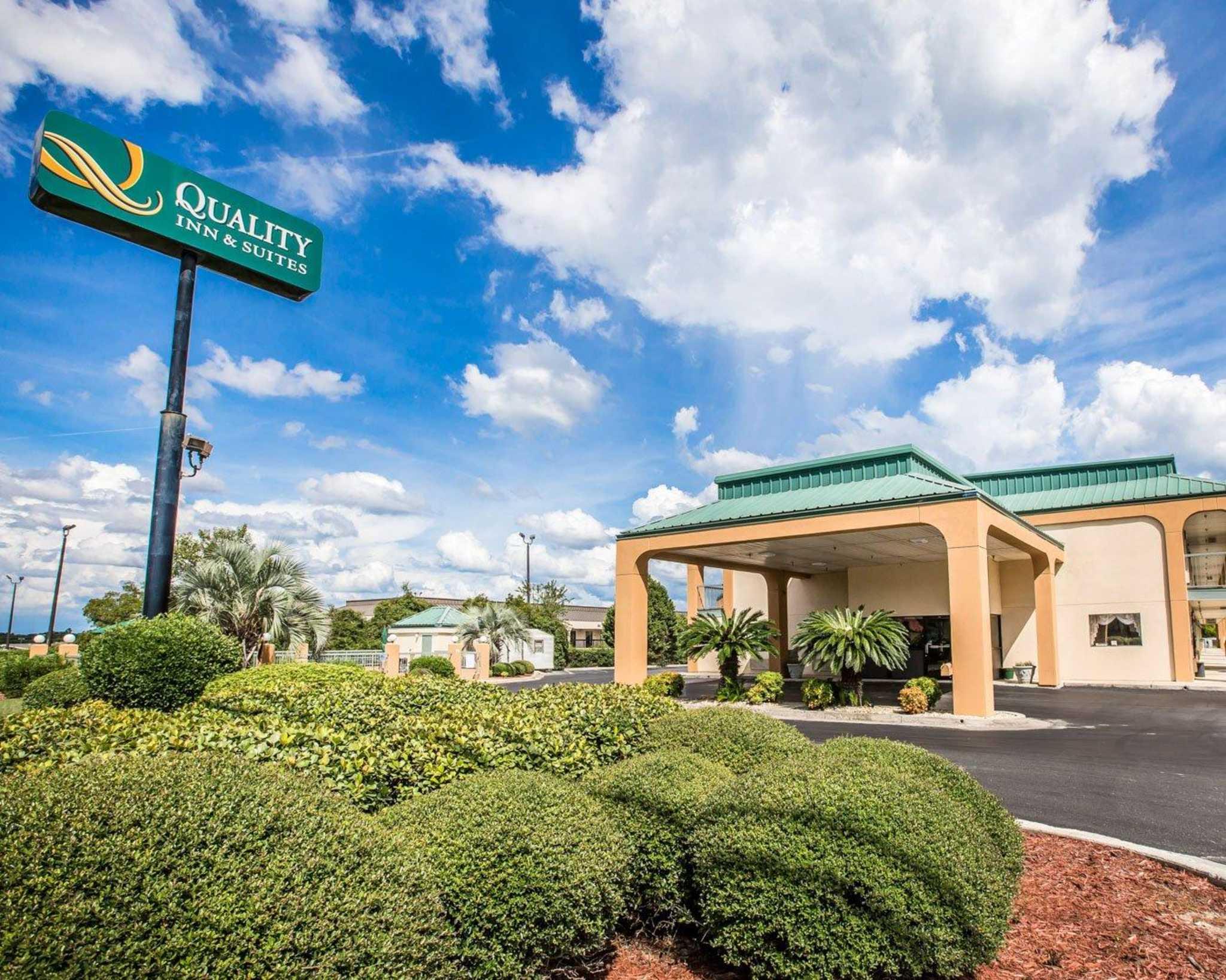 Quality Inn & Suites Dublin image 0