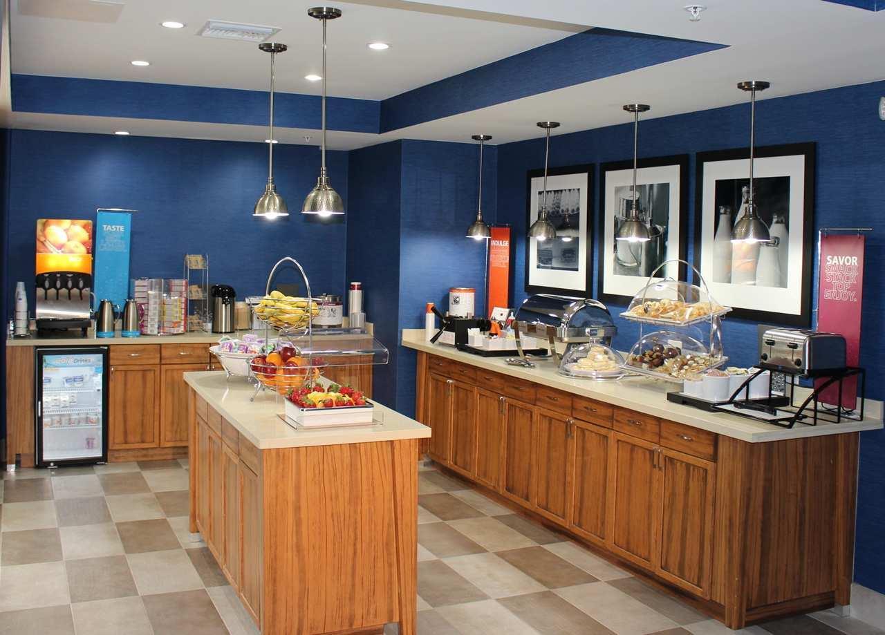 Hampton Inn Jacksonville South/I-95 at JTB image 0