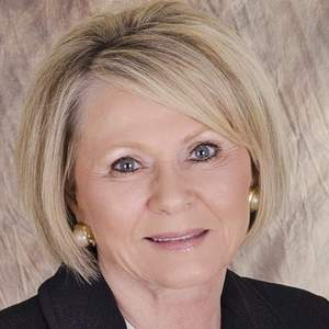 Yvonne Pendley Wehrle | RE/MAX Land and Homes image 0