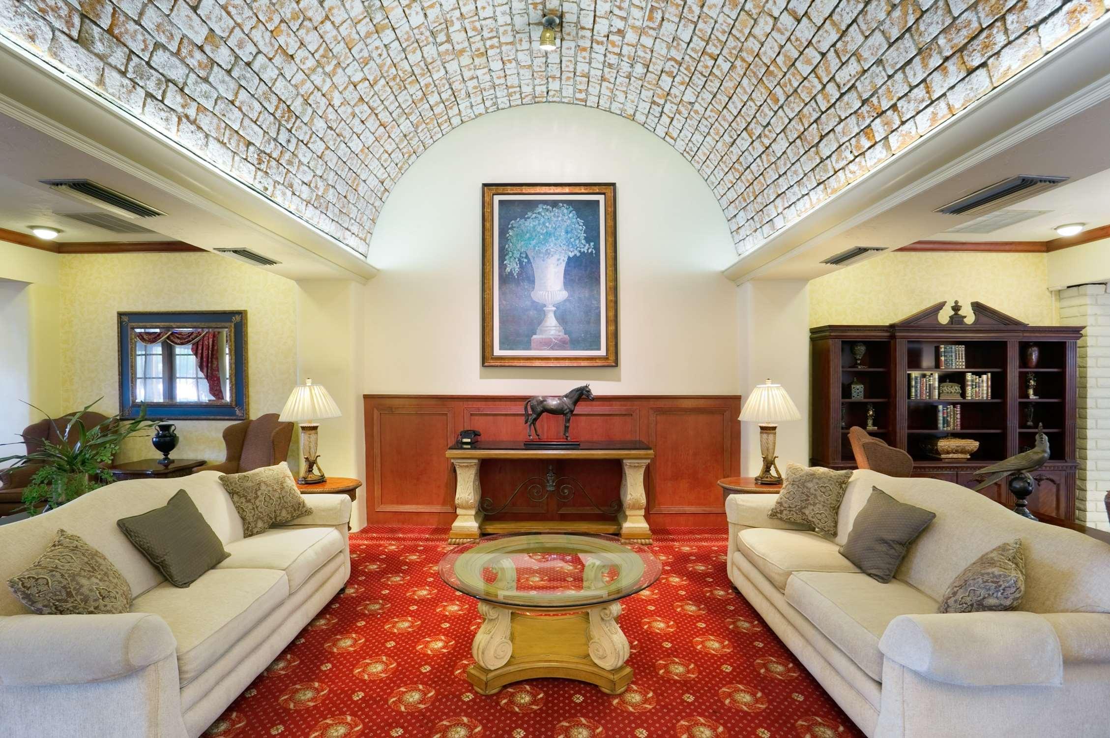 Embassy Suites by Hilton Arcadia Pasadena Area image 8
