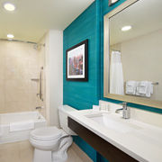 Courtyard by Marriott New York Manhattan/Times Square West image 13