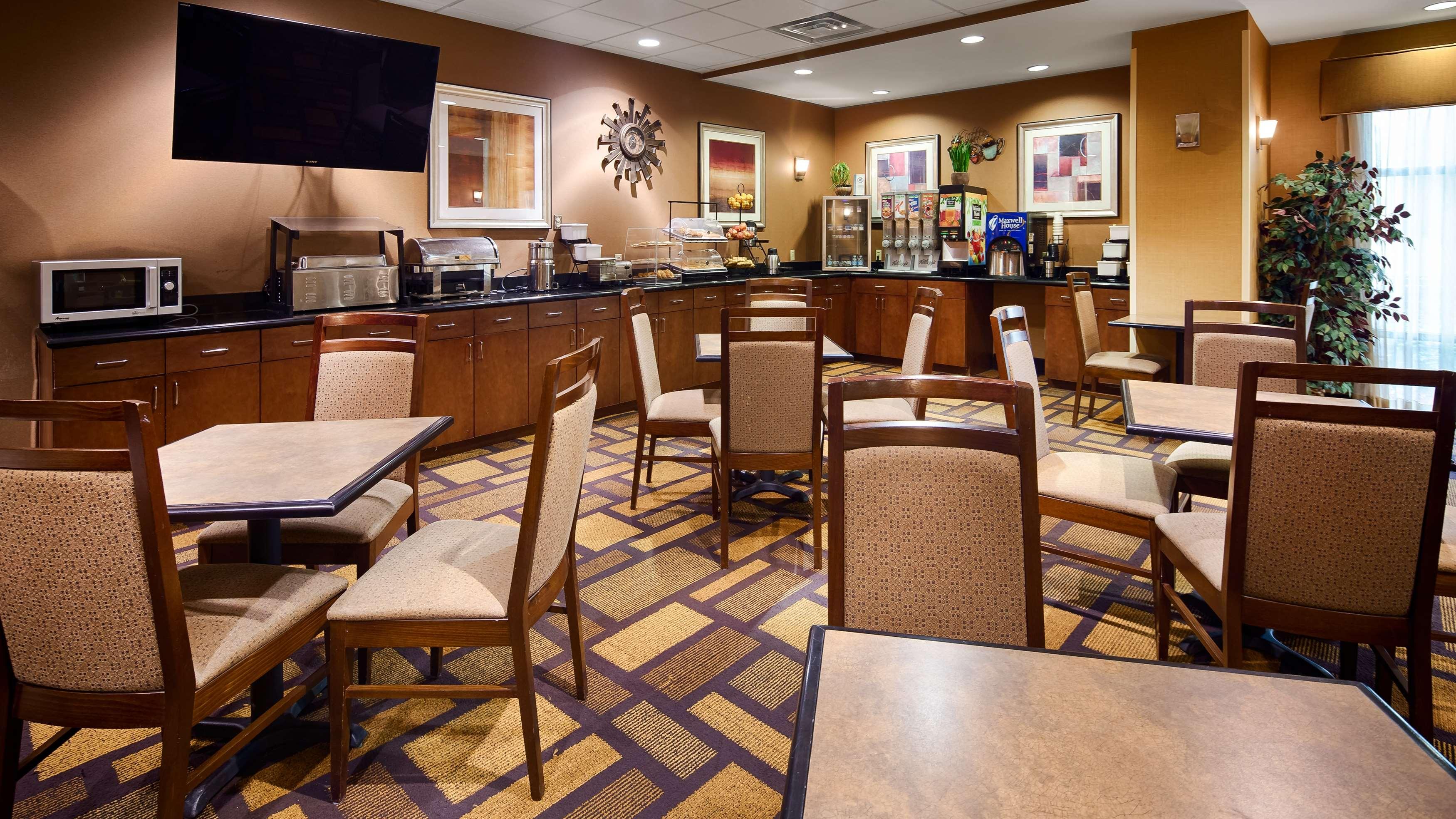Best Western St. Francisville Hotel image 17