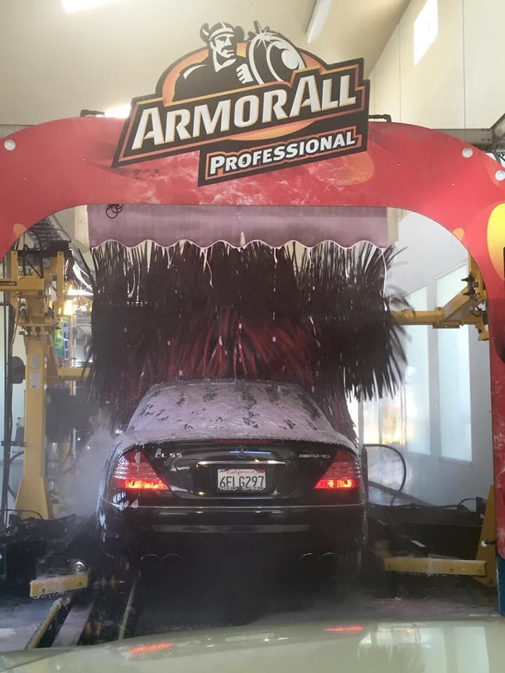 Express car wash in and out express car wash pictures of in and out express car wash solutioingenieria Images