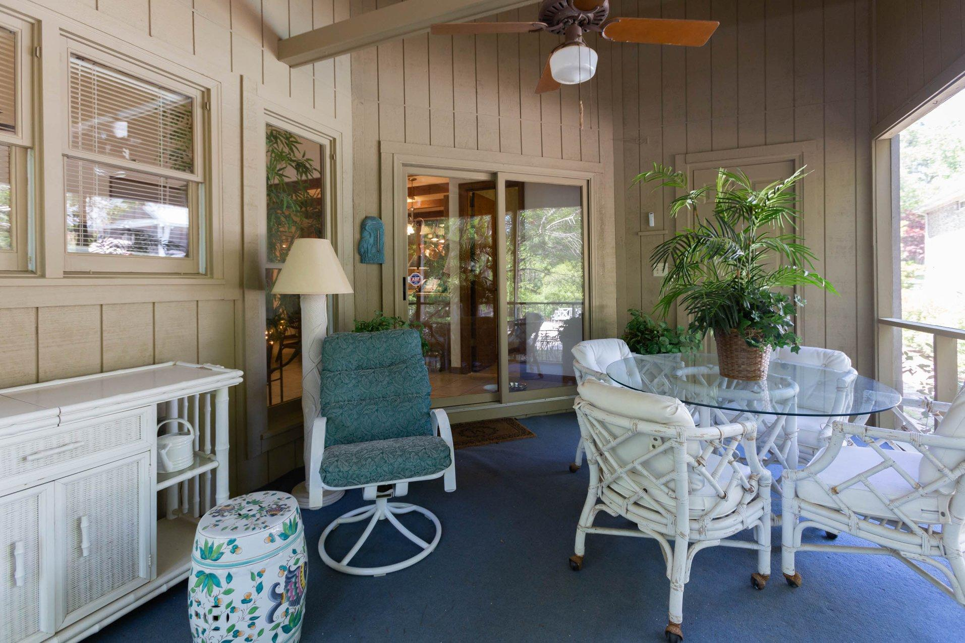The Stallings & Smith Group - Coldwell Banker Residential broker image 4