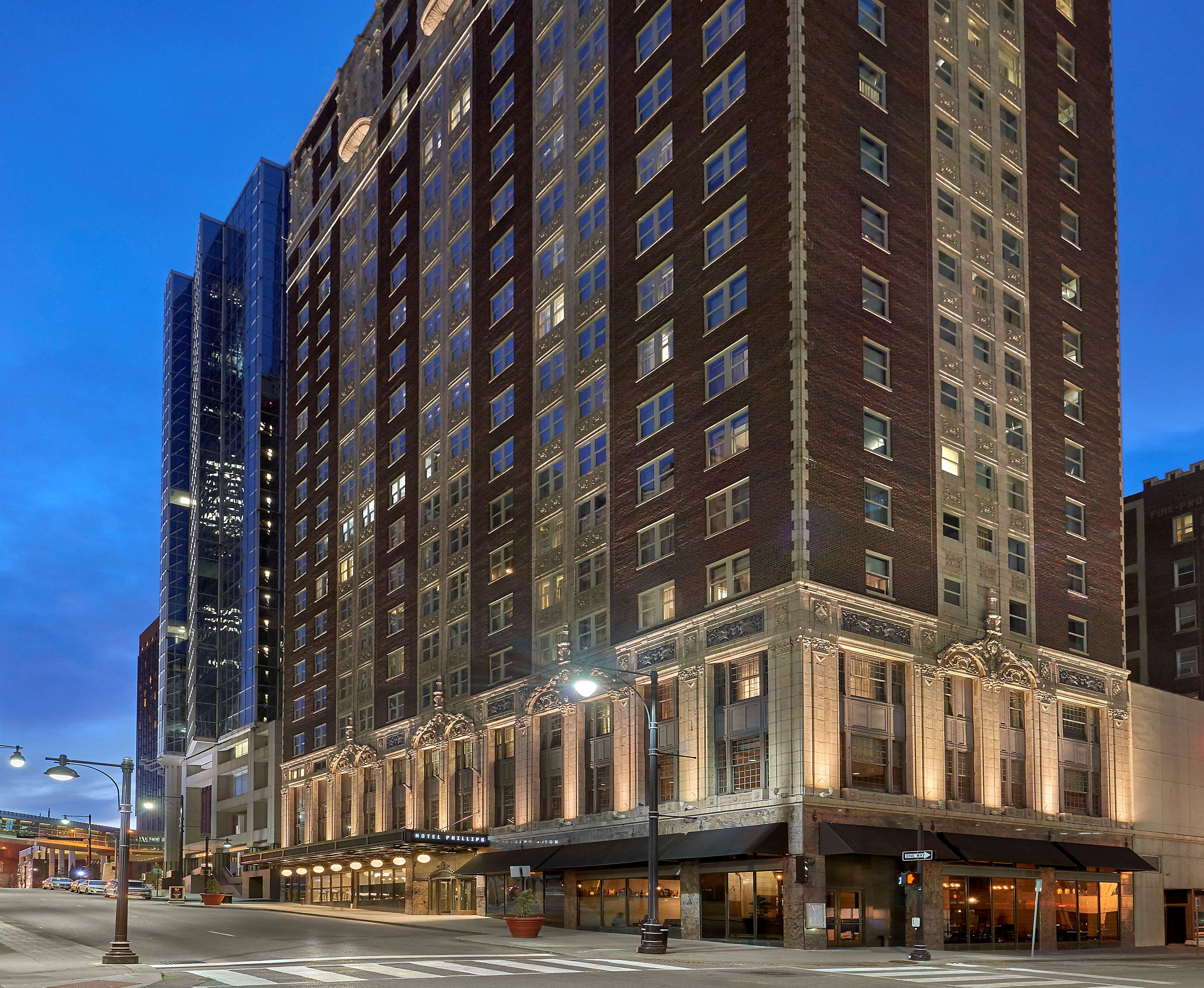 Hotel Phillips Kansas City, Curio Collection by Hilton image 3