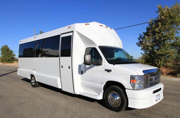 Monroe Exclusive Limousine Service Inc image 6