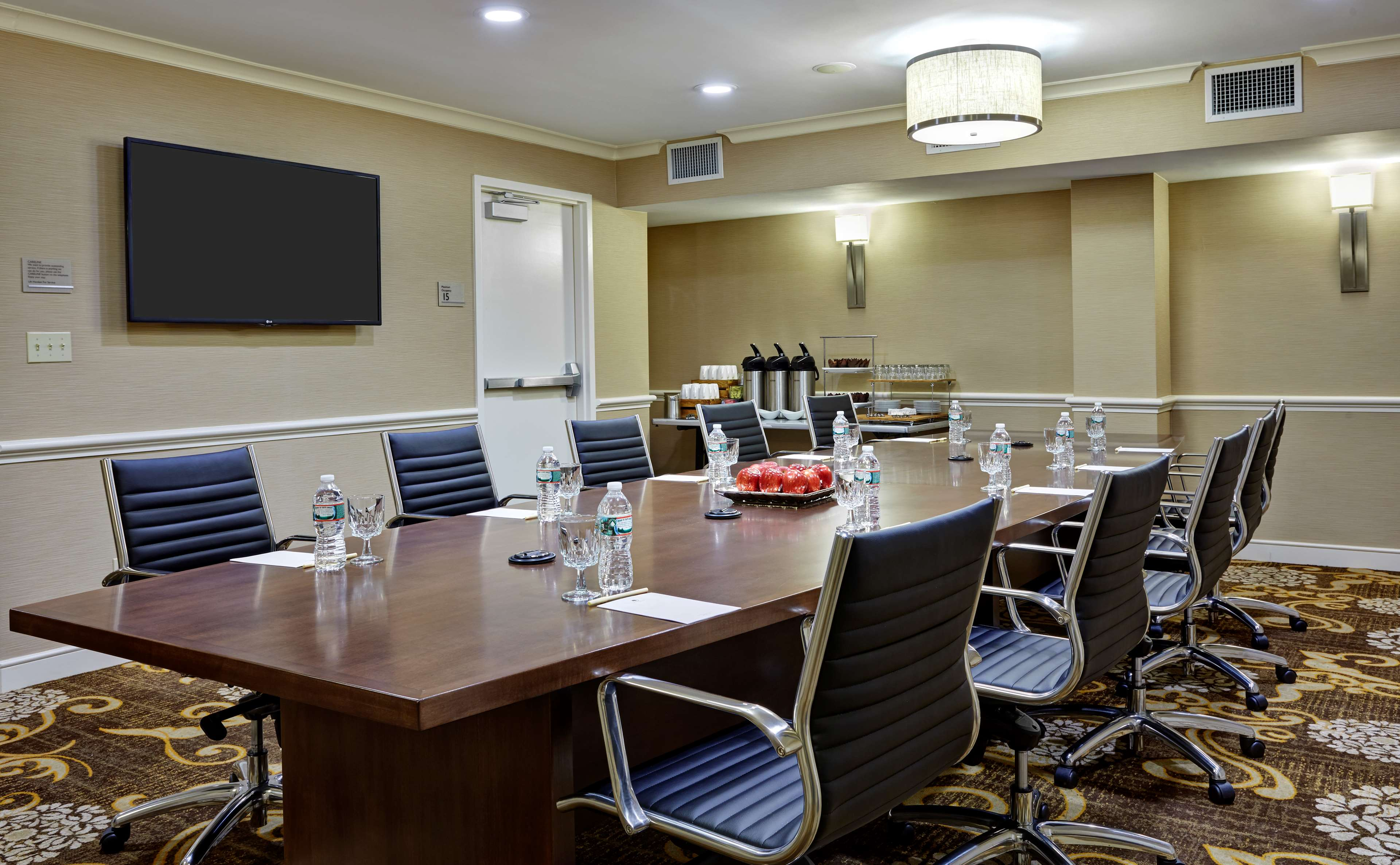 DoubleTree by Hilton Hotel Washington DC - Silver Spring image 14