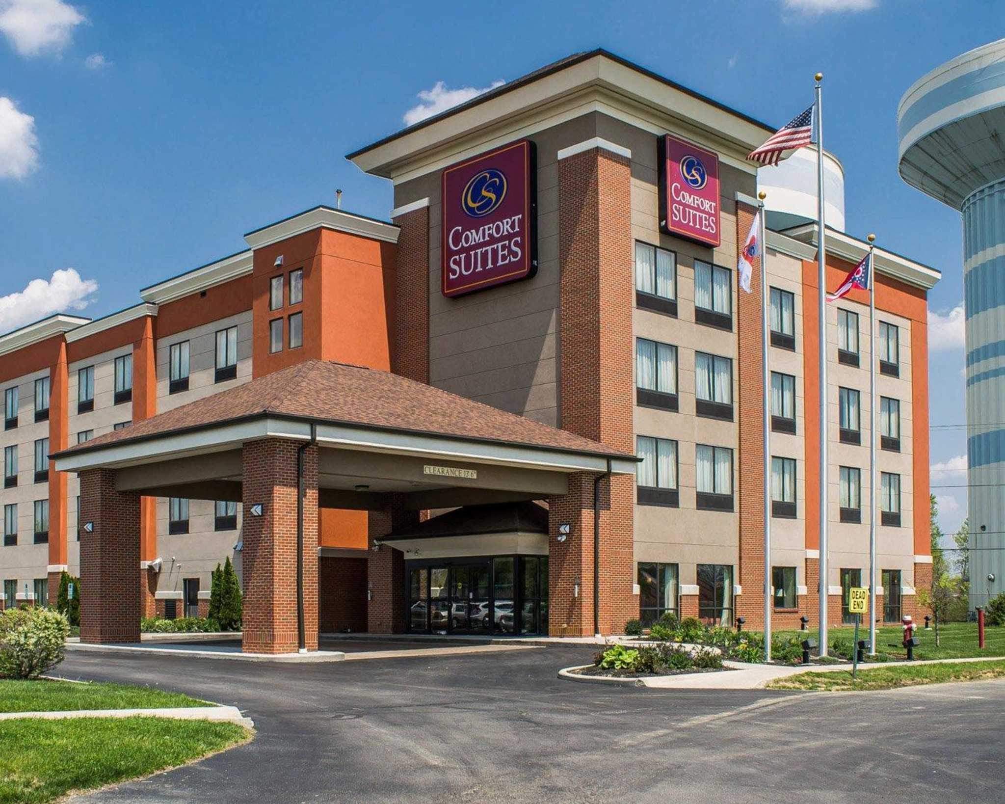 Comfort Suites East Broad at 270 image 0