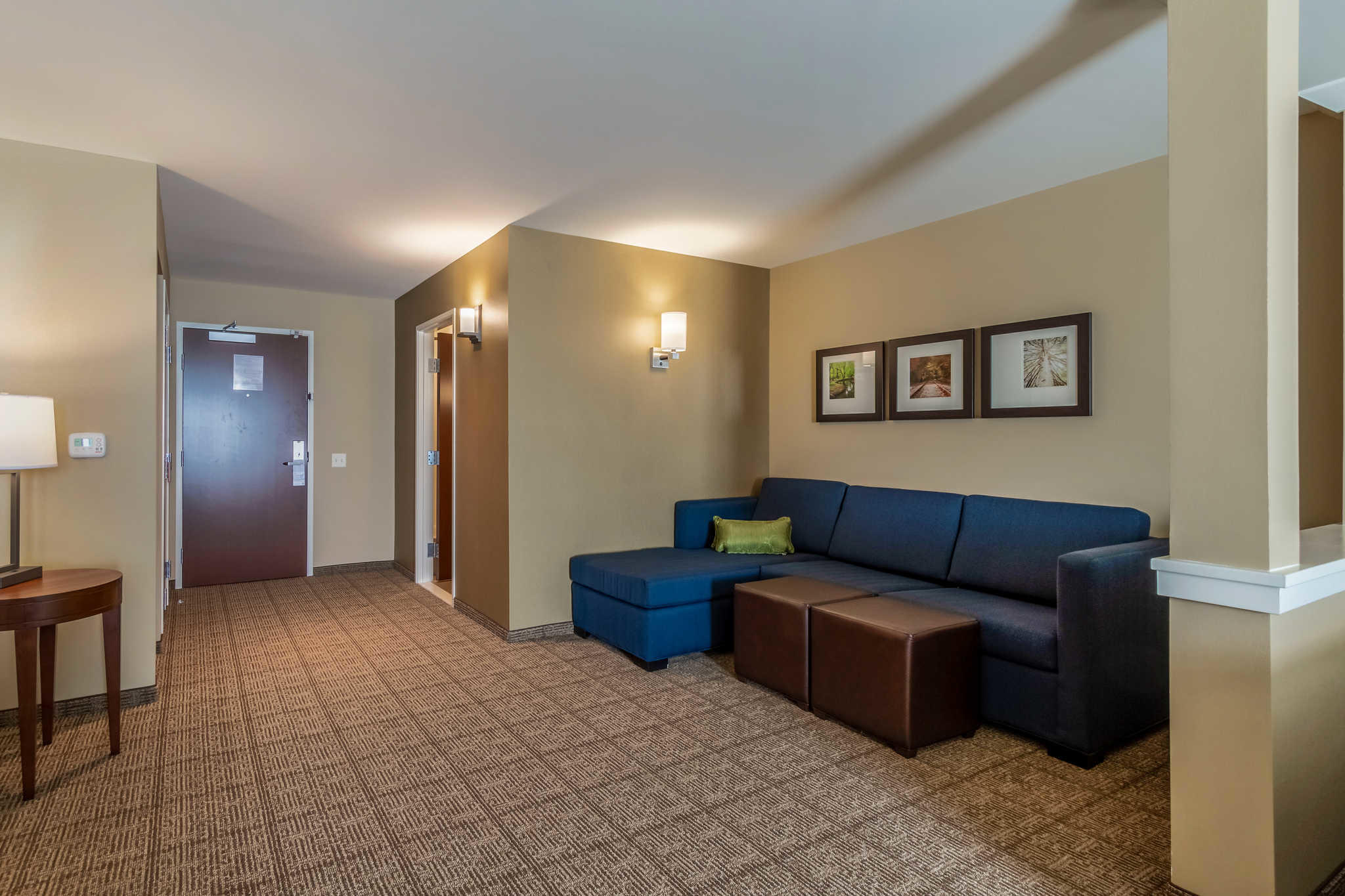 Comfort Inn & Suites - Harrisburg Airport - Hershey South image 17