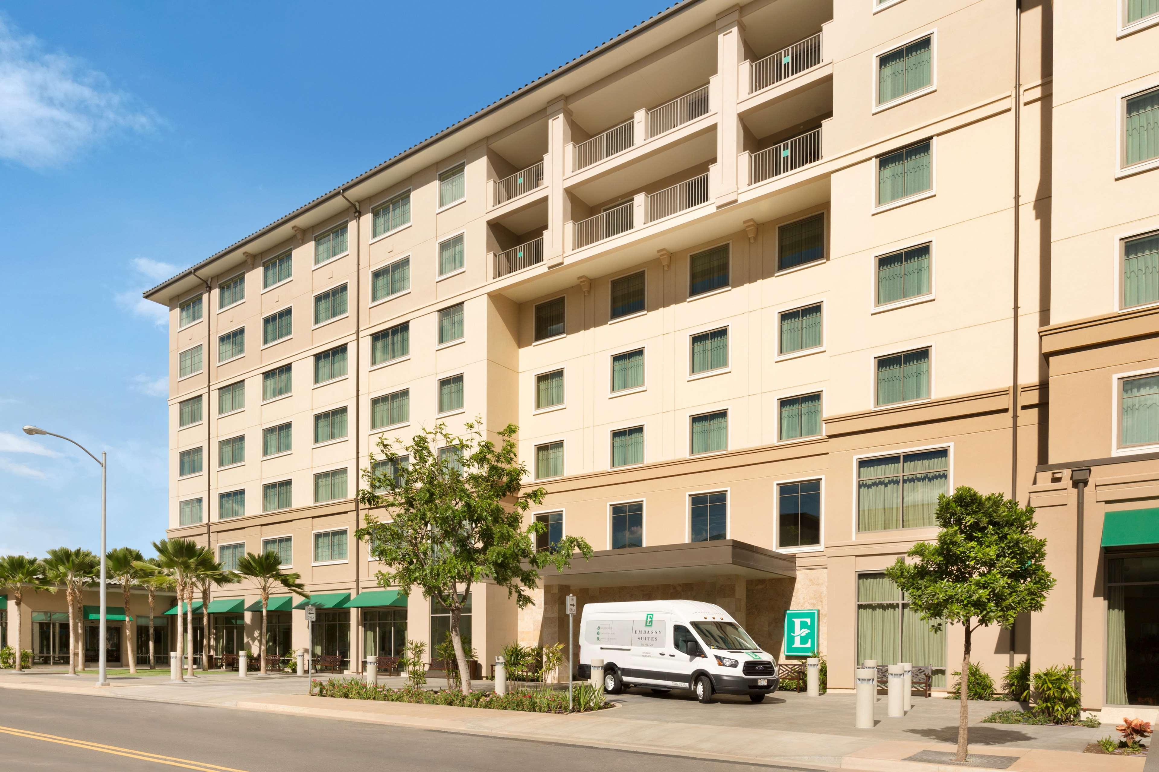 Embassy Suites by Hilton Oahu Kapolei image 4