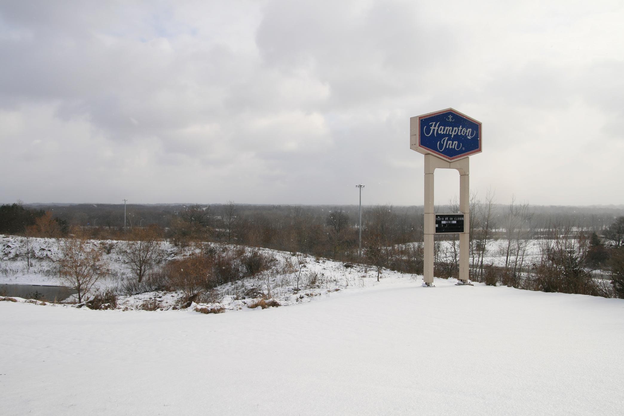 Hampton Inn Grand Rapids-North image 15