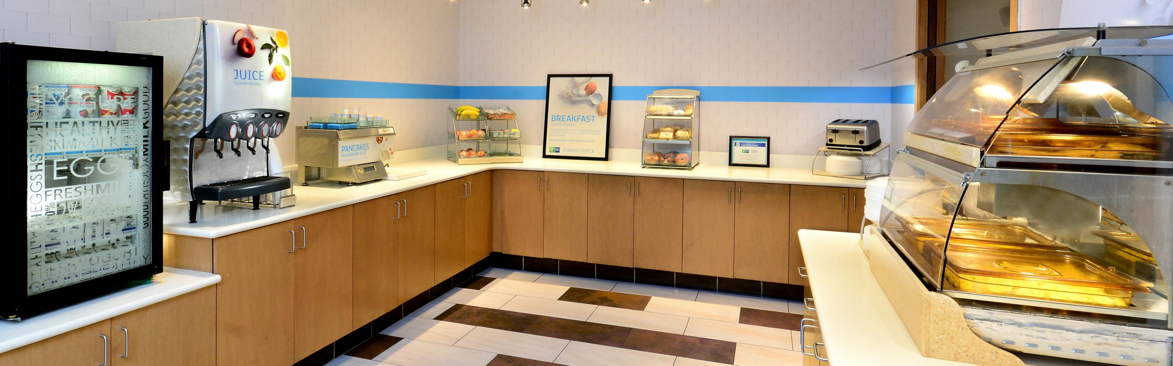 Holiday Inn Express & Suites Raleigh Durham Airport at RTP image 3