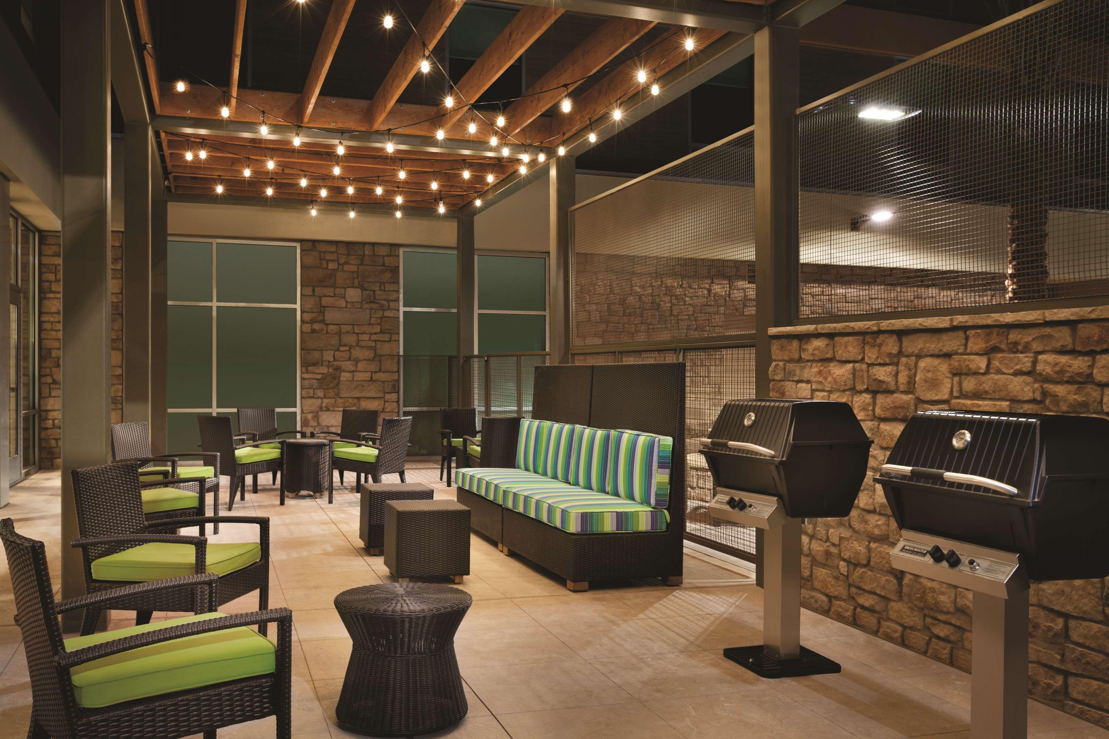 Home2 Suites by Hilton Phoenix-Tempe ASU Research Park image 8
