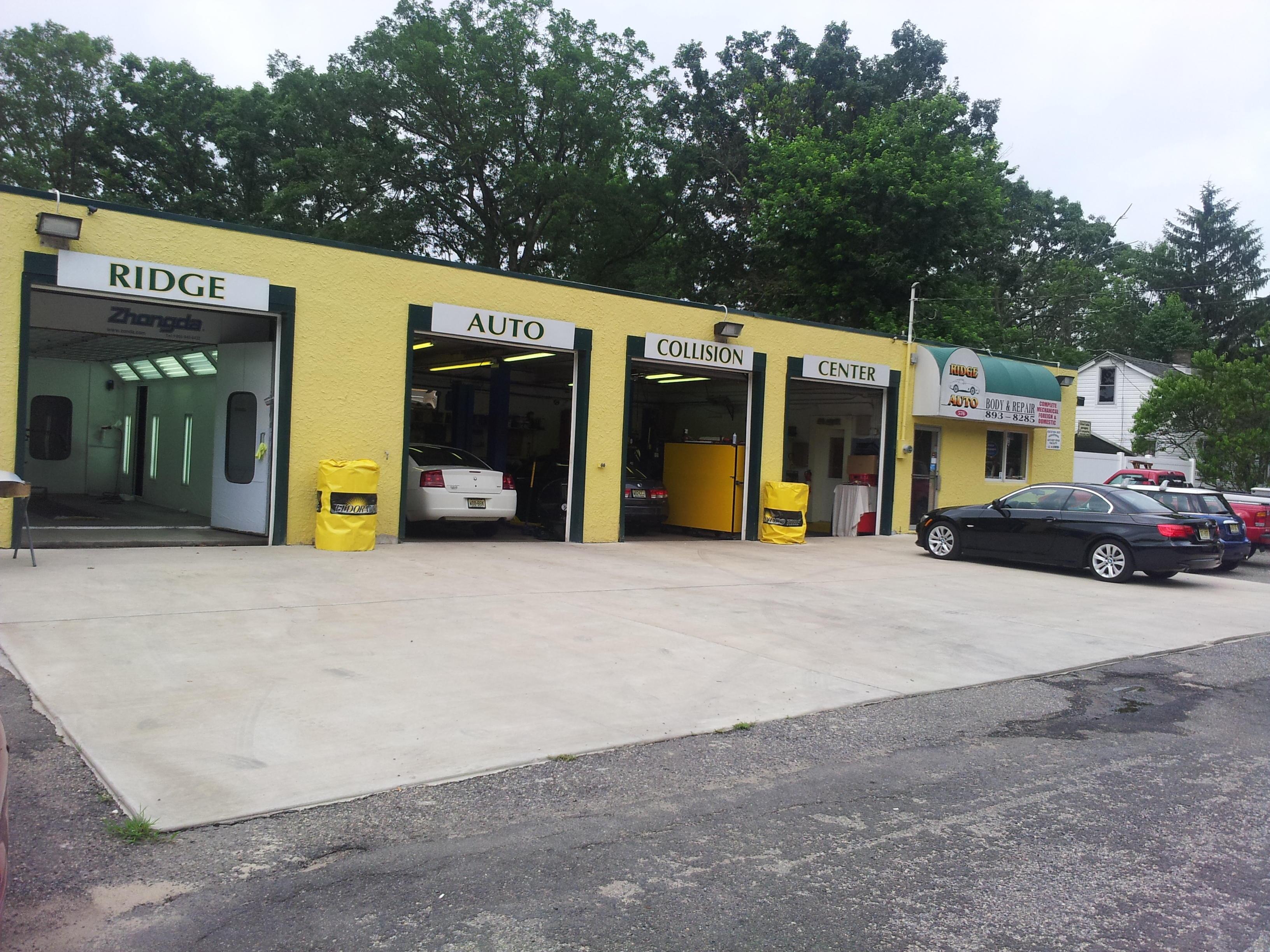 Ridge Auto Body & Repairs image 8