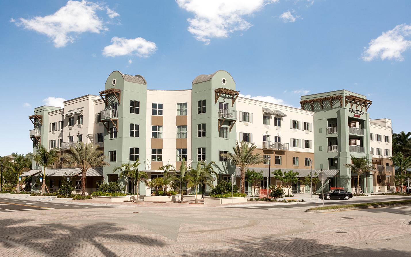 Courtyard by Marriott Palm Beach Jupiter image 2