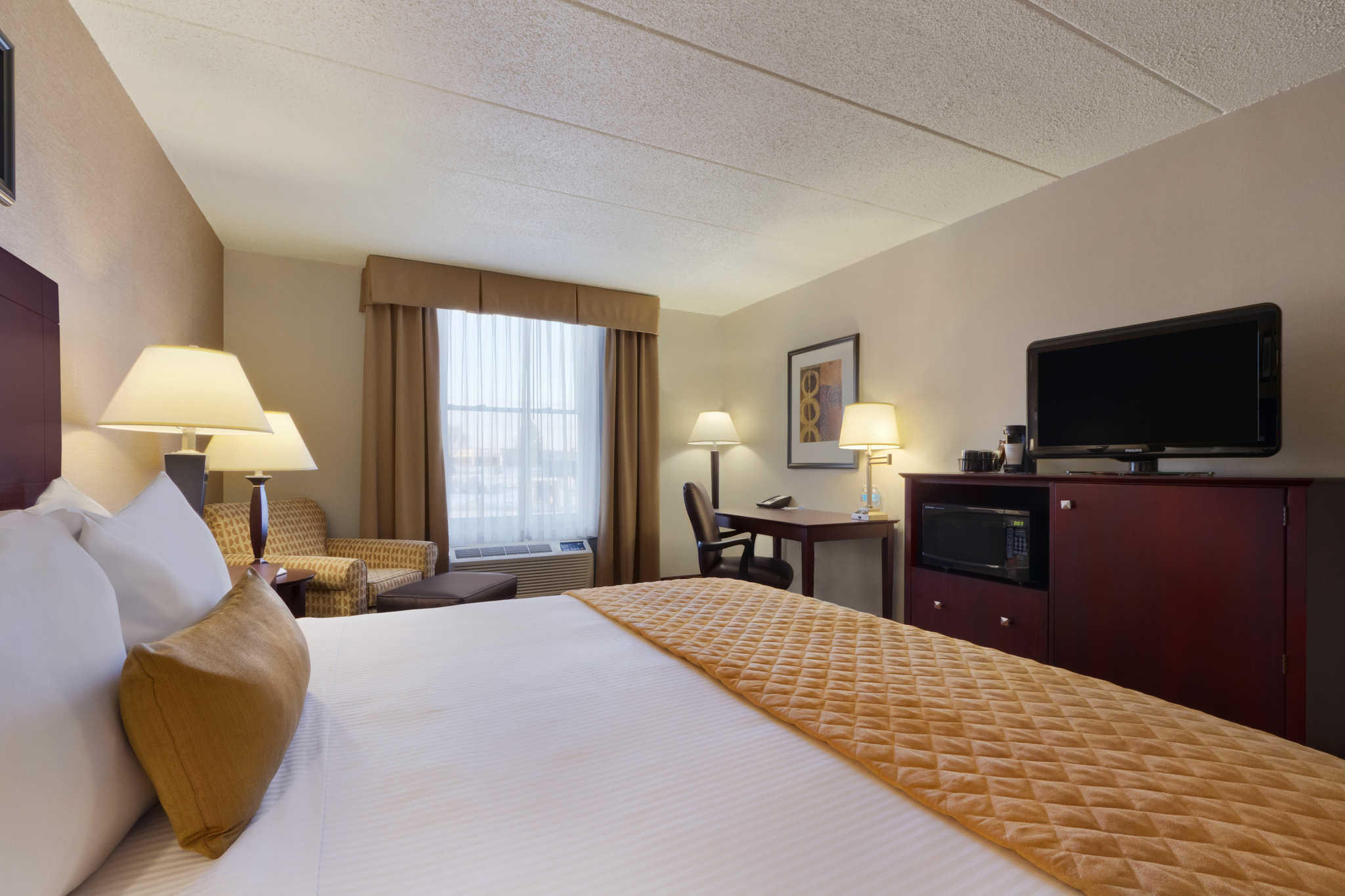Clarion Hotel image 1