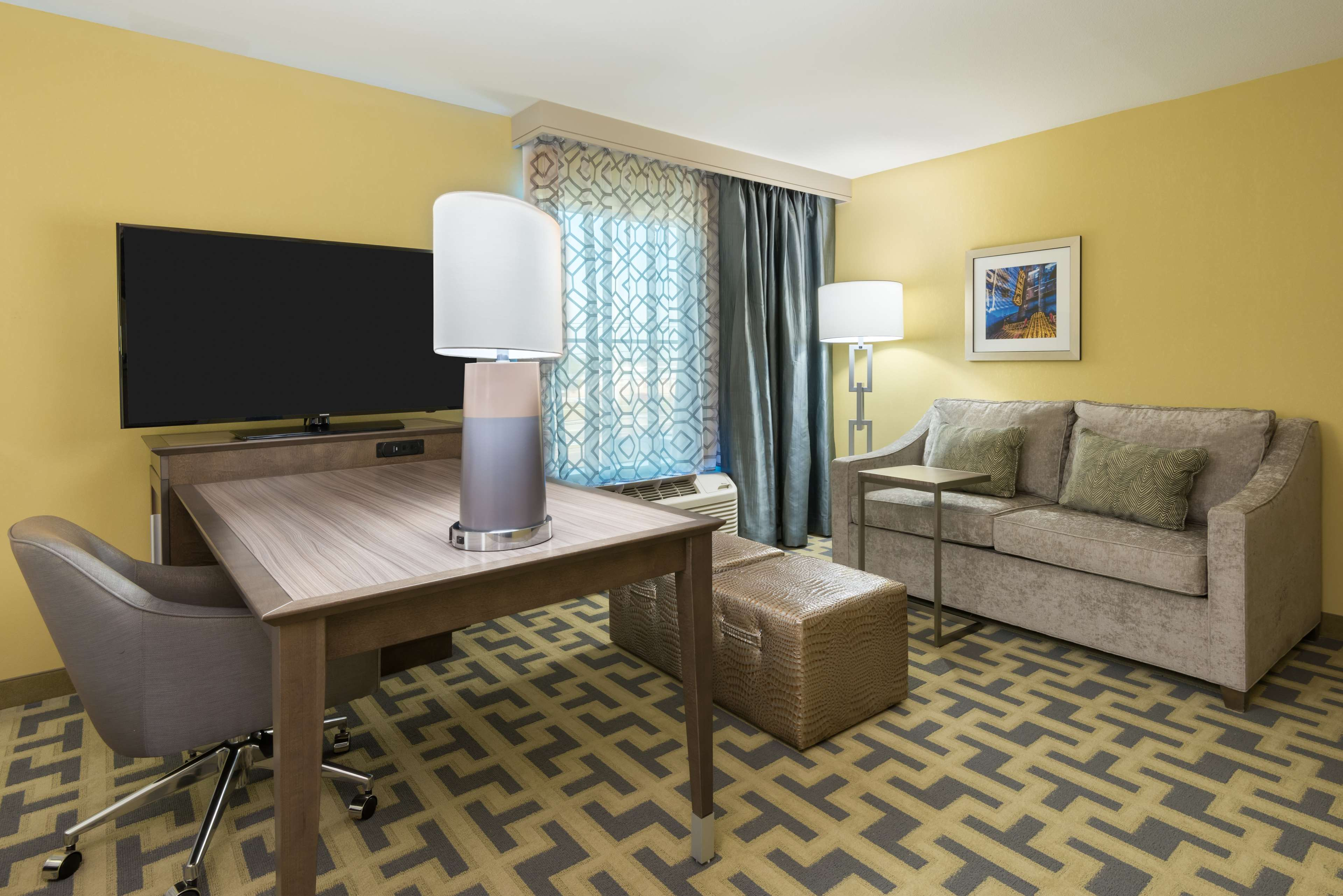 Hampton Inn & Suites Tampa Airport Avion Park Westshore image 12