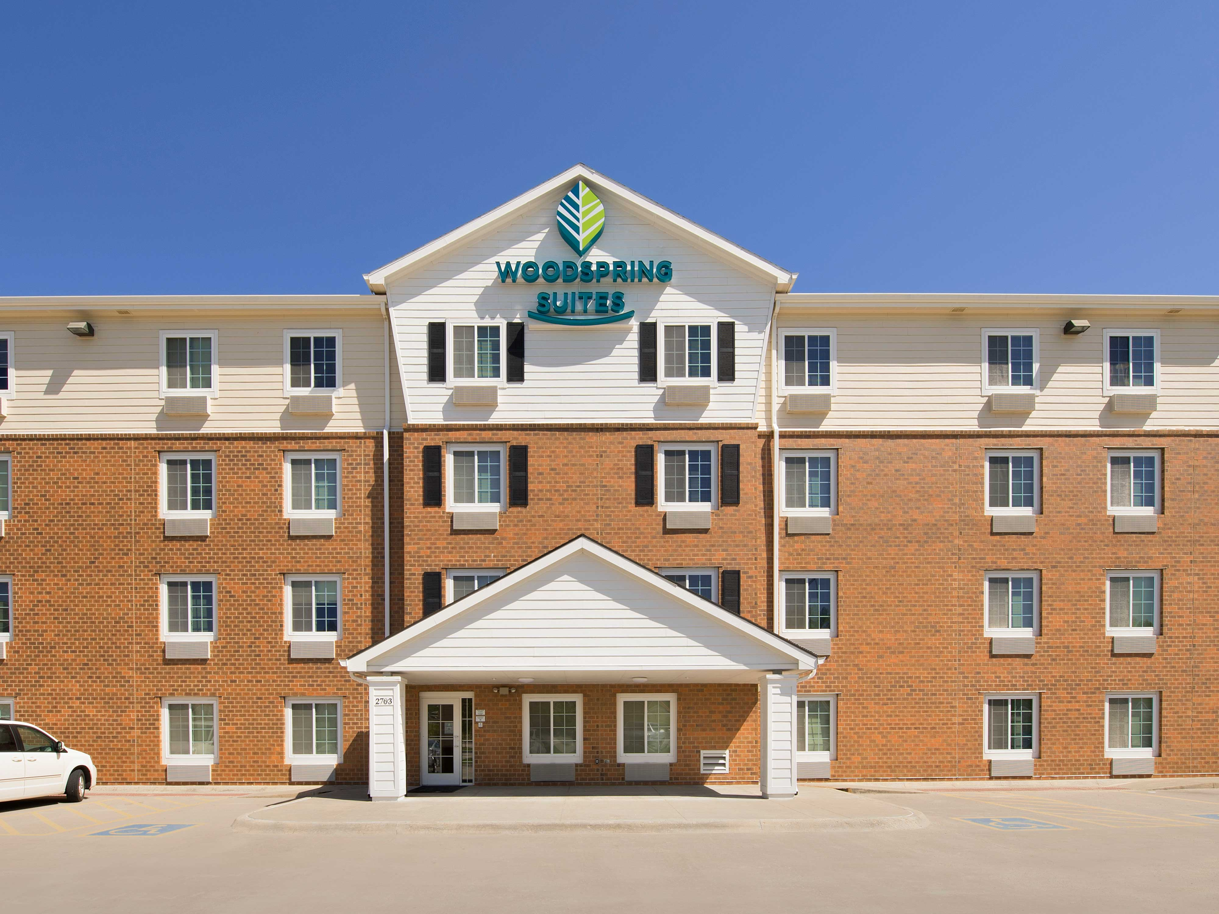 WoodSpring Suites Omaha Bellevue image 17