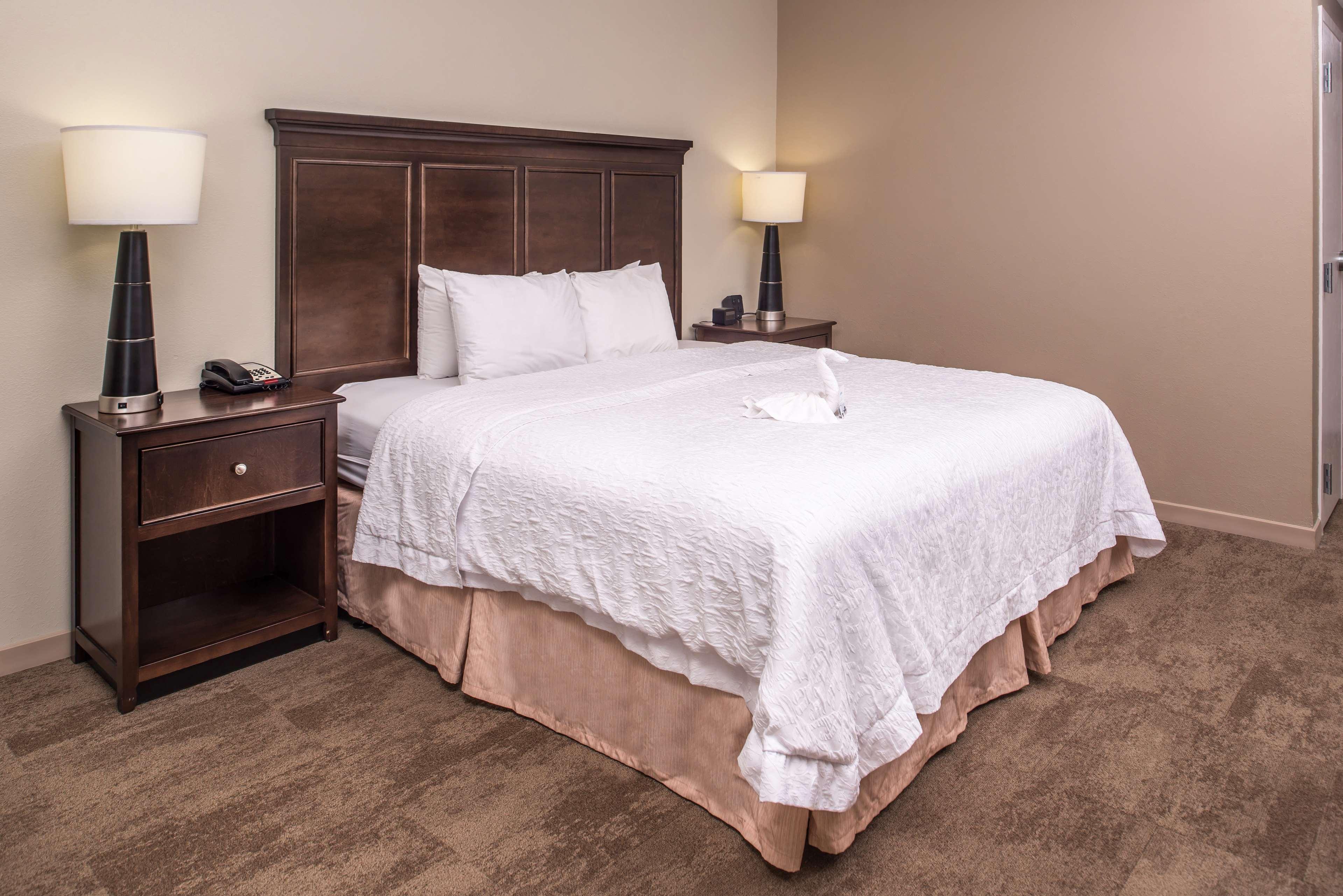 Hampton Inn & Suites Charlotte-Arrowood Rd. image 25