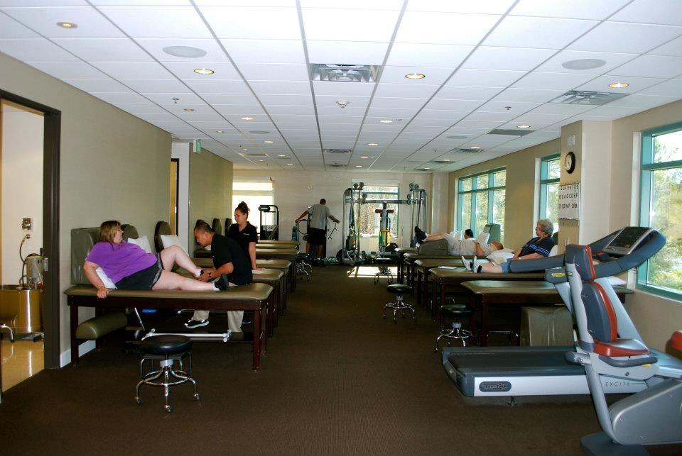 Thomas & Bigler Knee & Shoulder Institute image 5