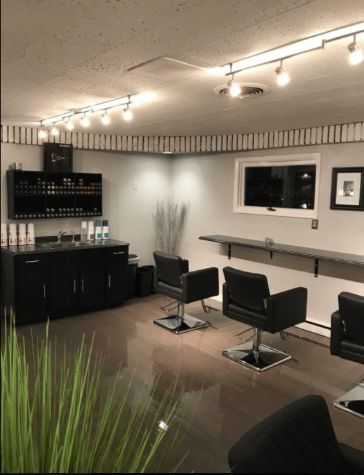 Sincere Salon and Lounge image 3