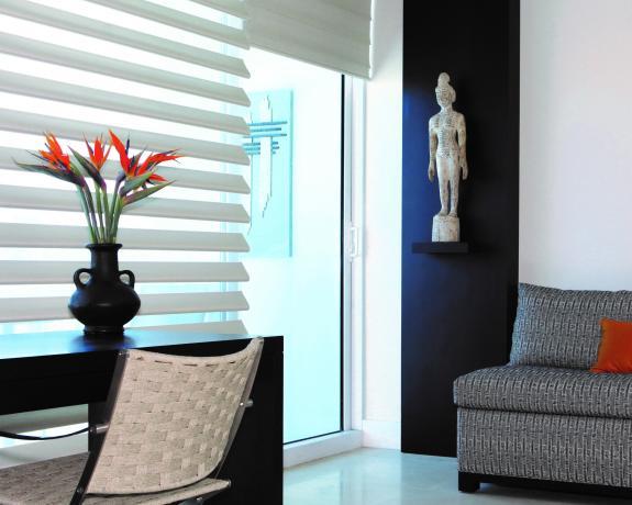 Janovic Paint & Decorating Center image 1