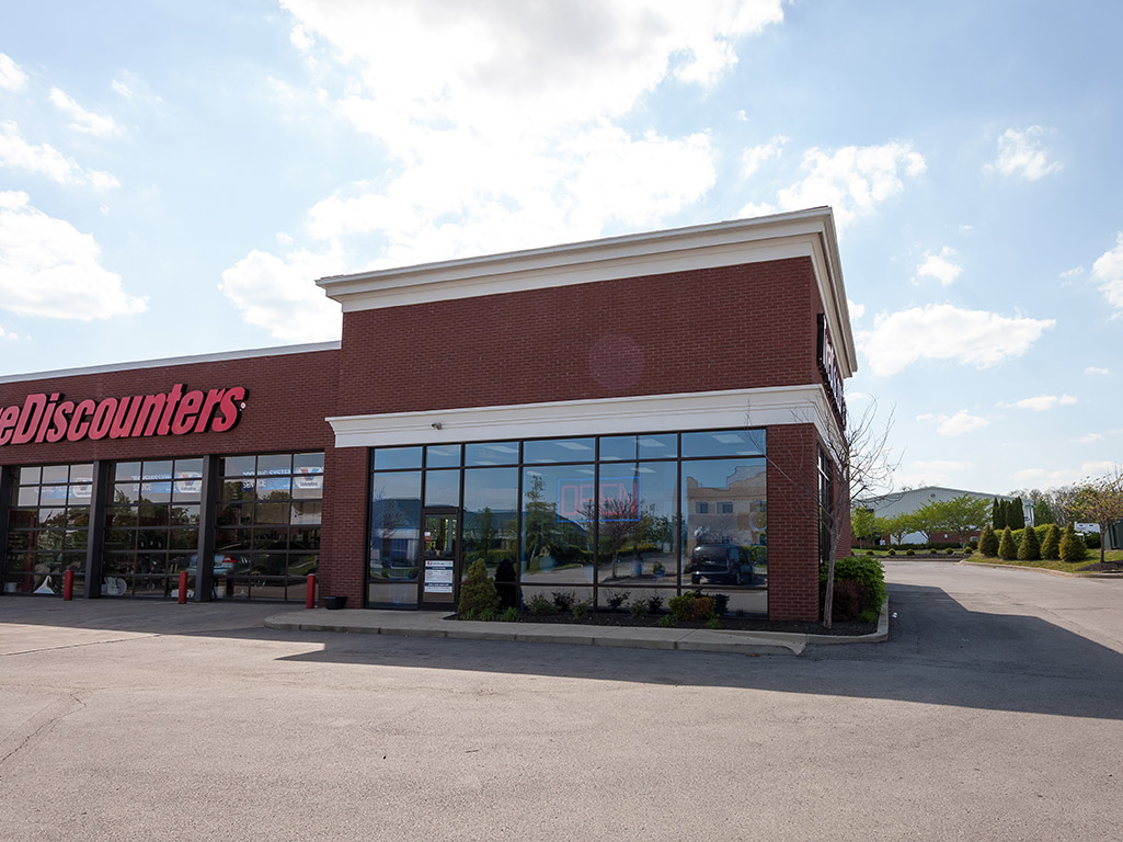 tire discounters in georgetown ky 502 570 8. Black Bedroom Furniture Sets. Home Design Ideas