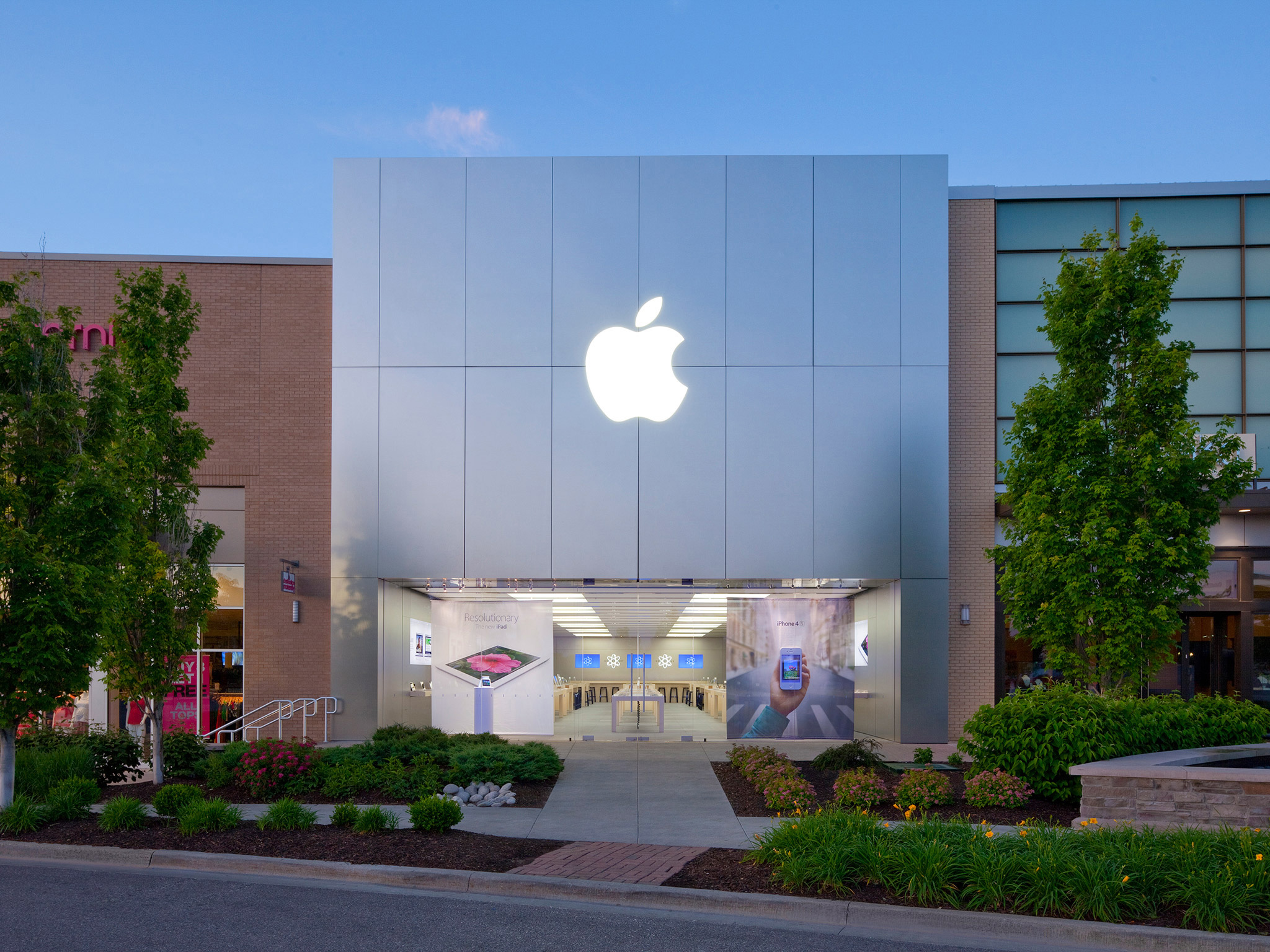 Image Result For Iphone Store Leawood Ks