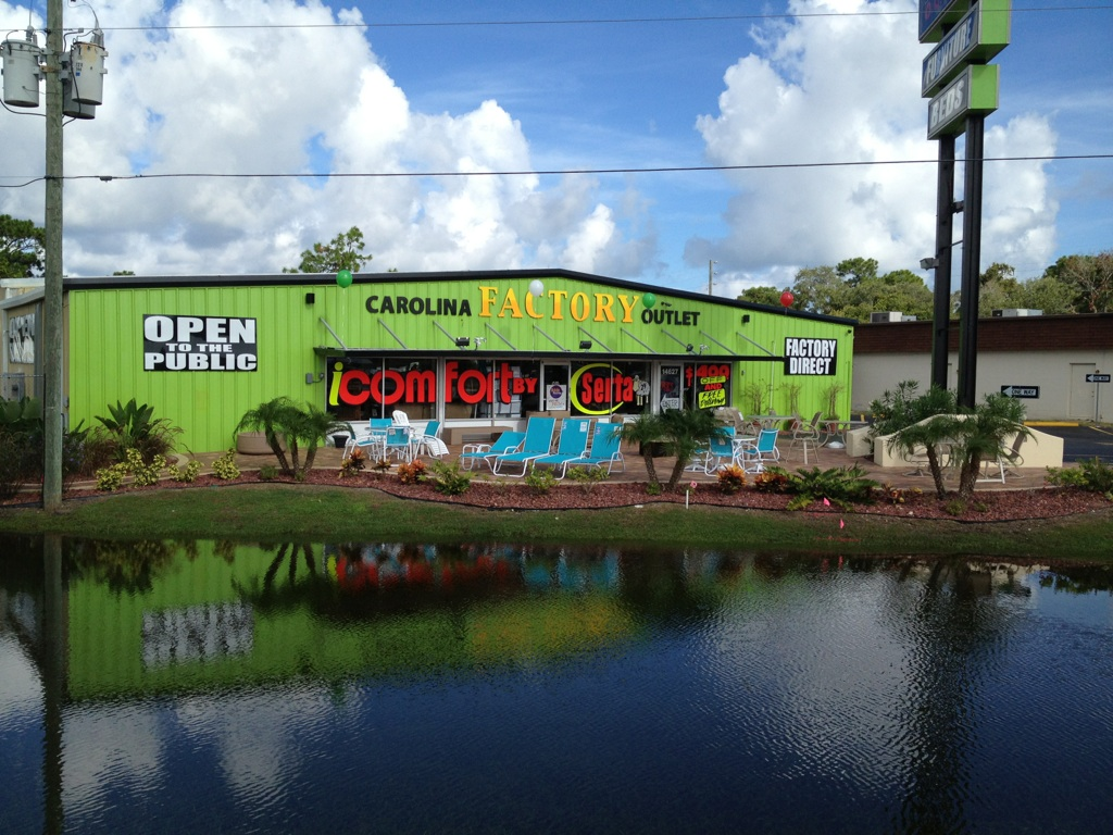 Carolina Factory Outlet image 0