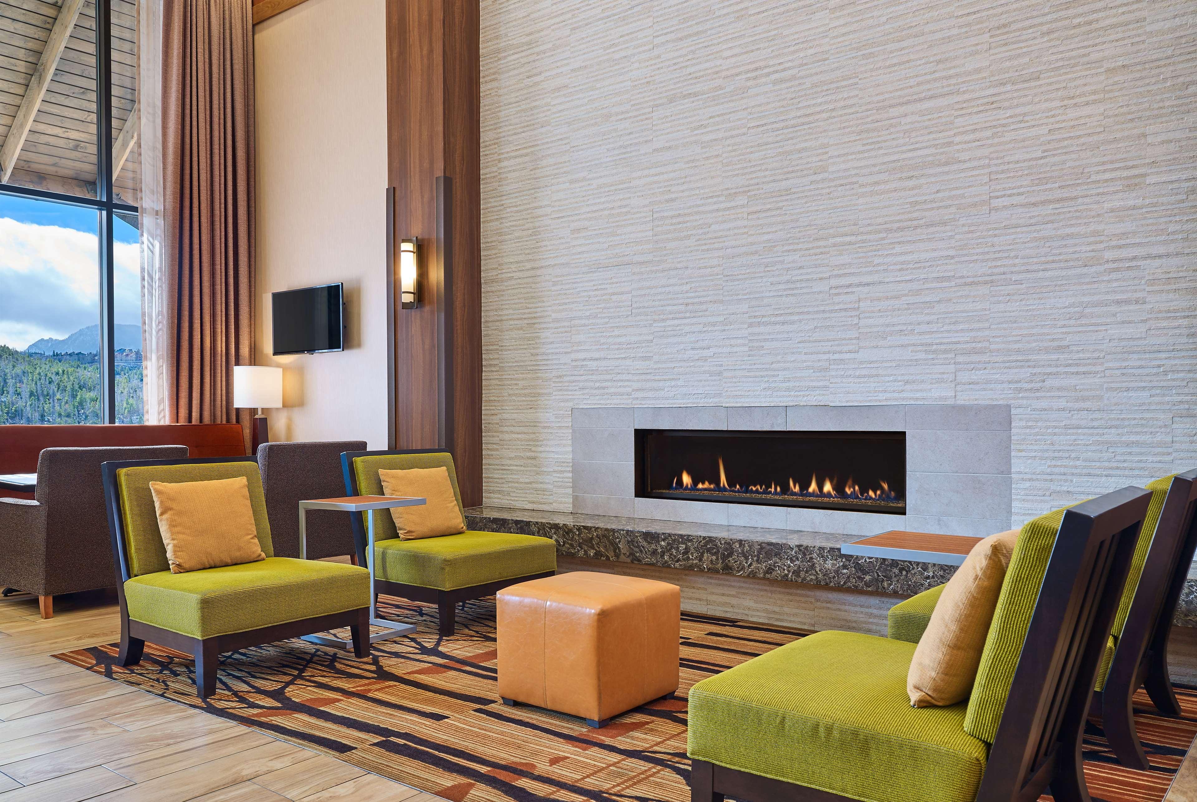 Hampton Inn & Suites Silverthorne image 5
