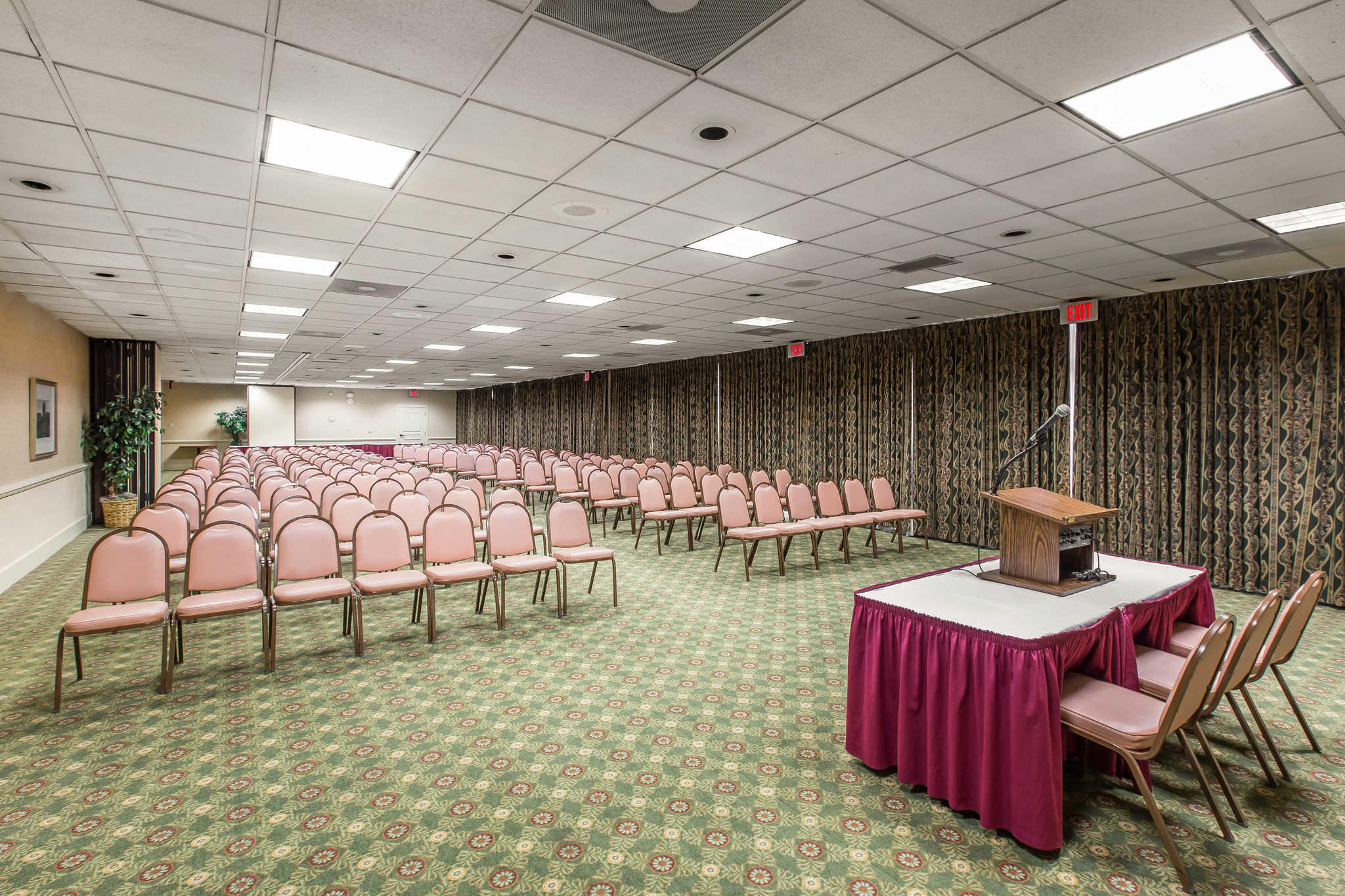 Quality Inn & Suites Conference Center image 28