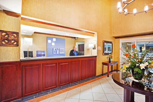 Holiday Inn Express & Suites Kings Mountain - Shelby Area image 4