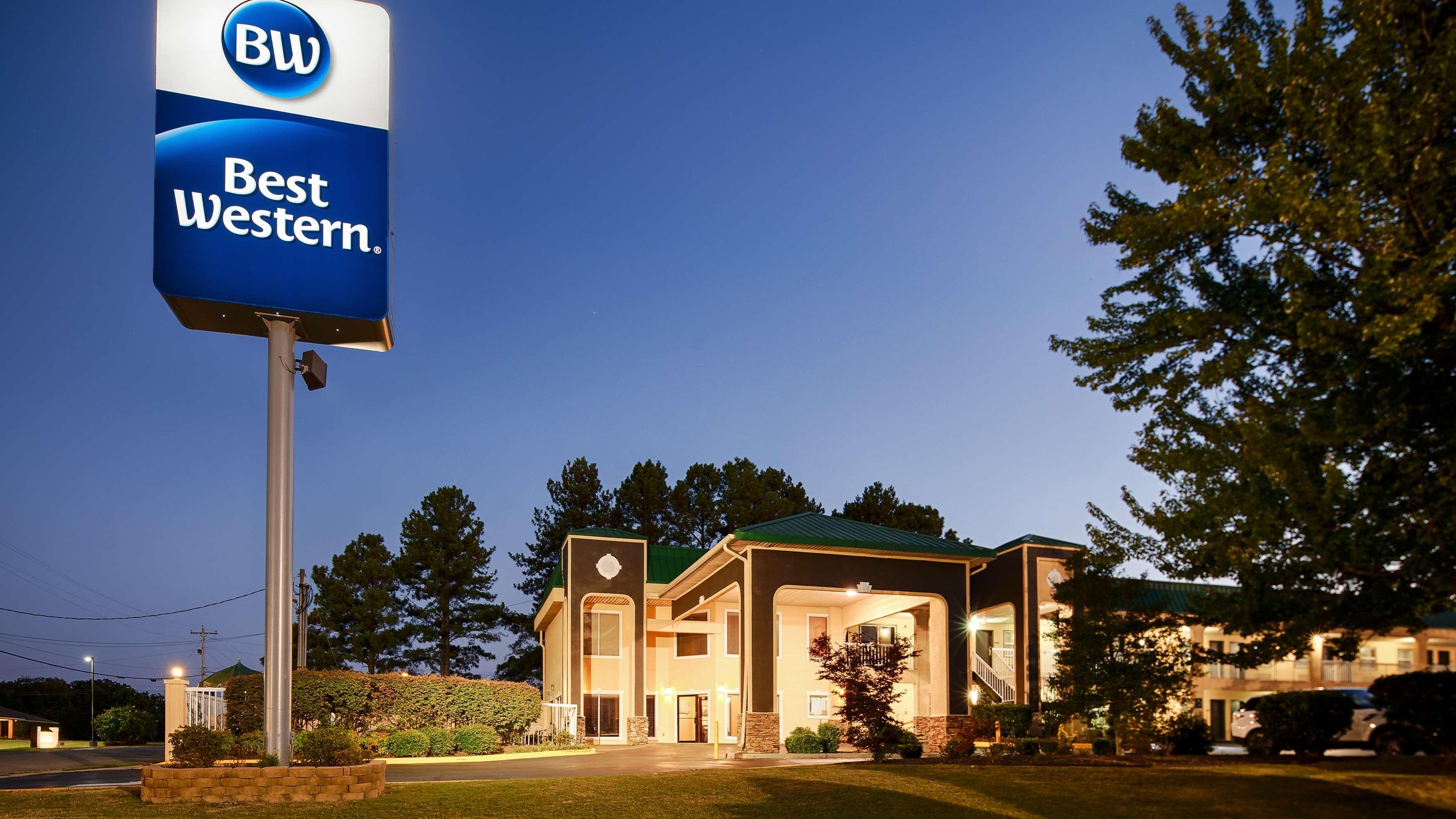 Best Western Fairwinds Inn image 0